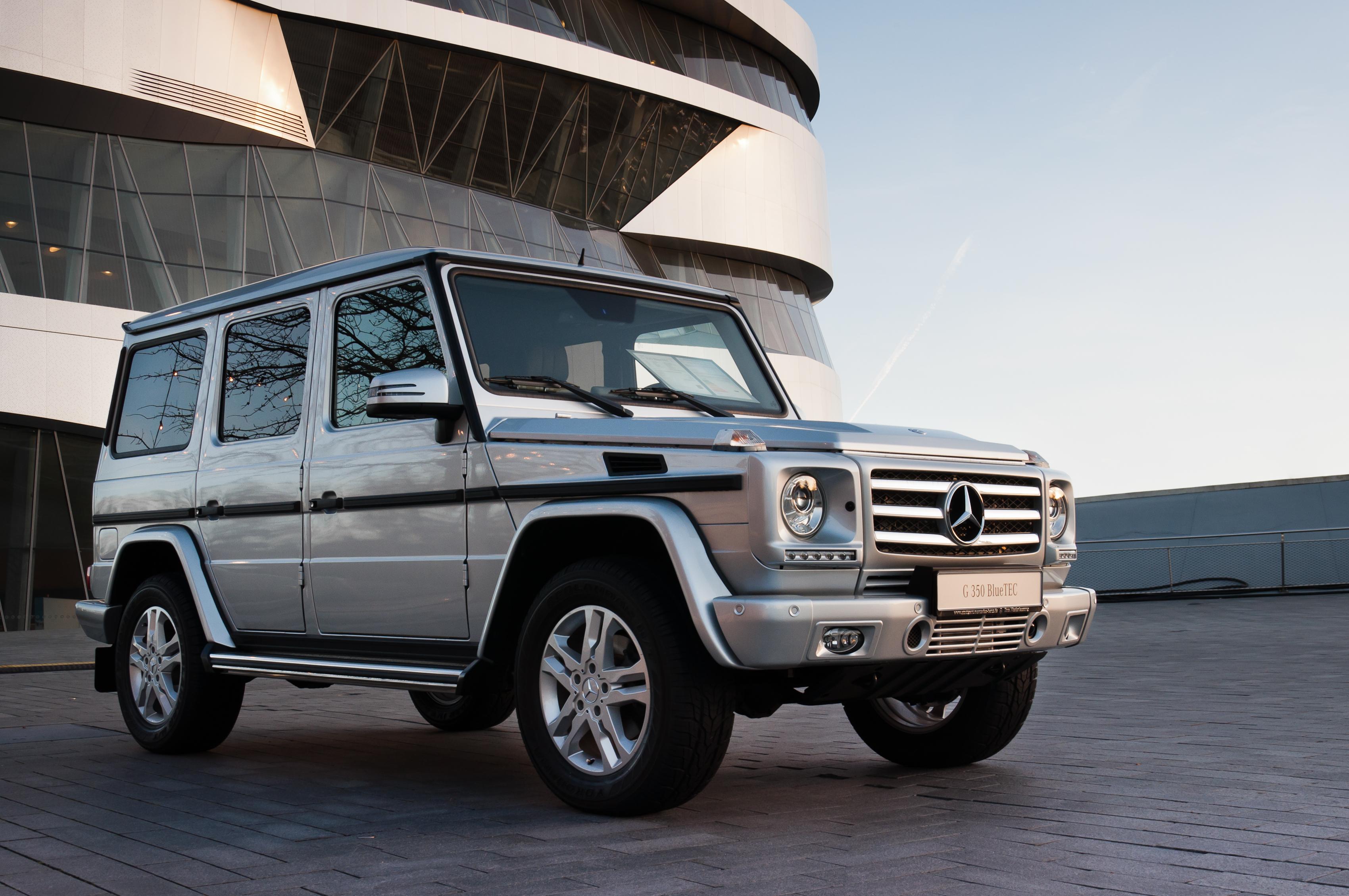Mercedes Benz G History >> File:Mercedes-Benz W463 G 350 BlueTEC 07 Mercedes-Benz ...