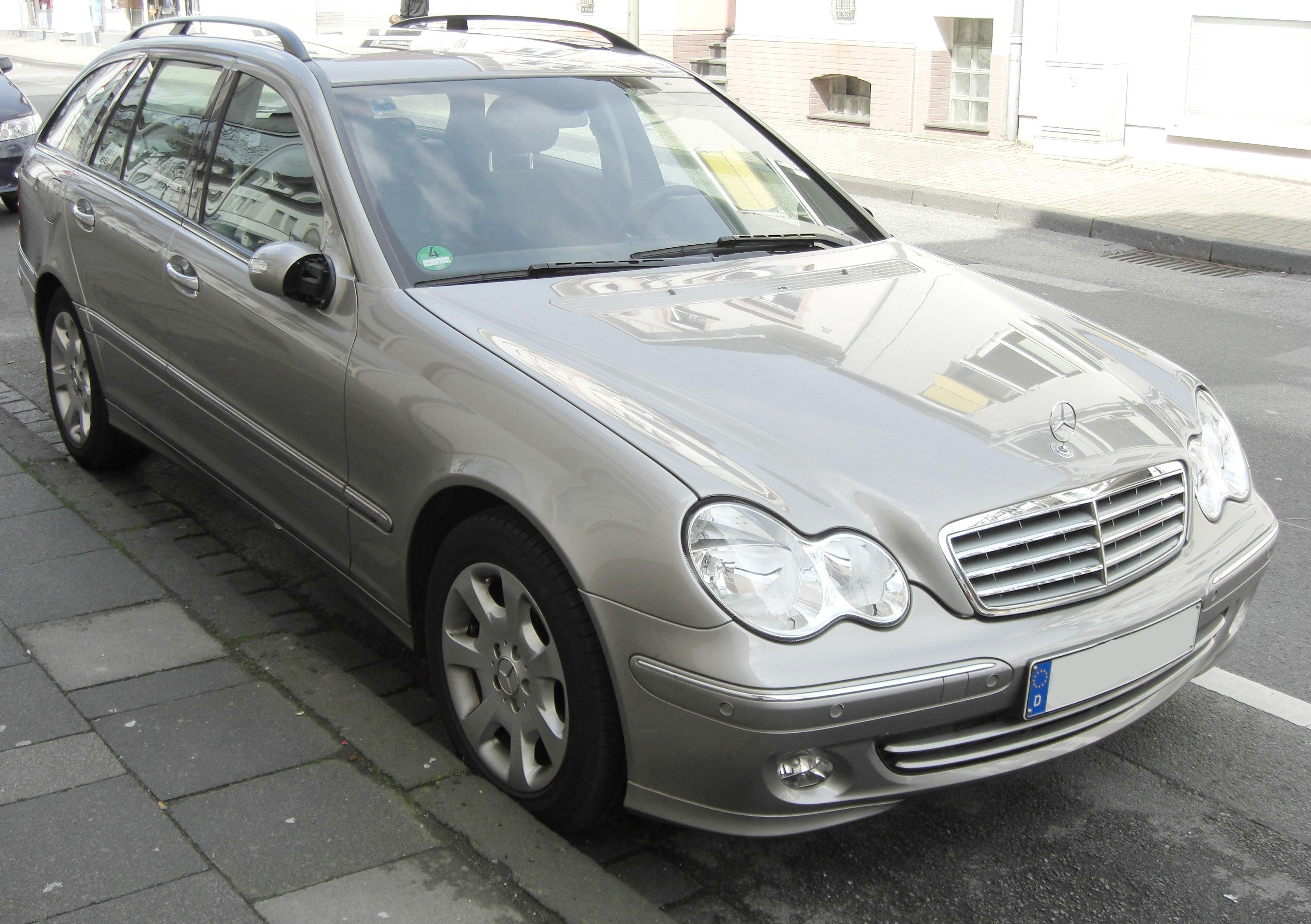File Mercedes C Klasse T Modell Elegance Front Jpg Wikimedia Commons