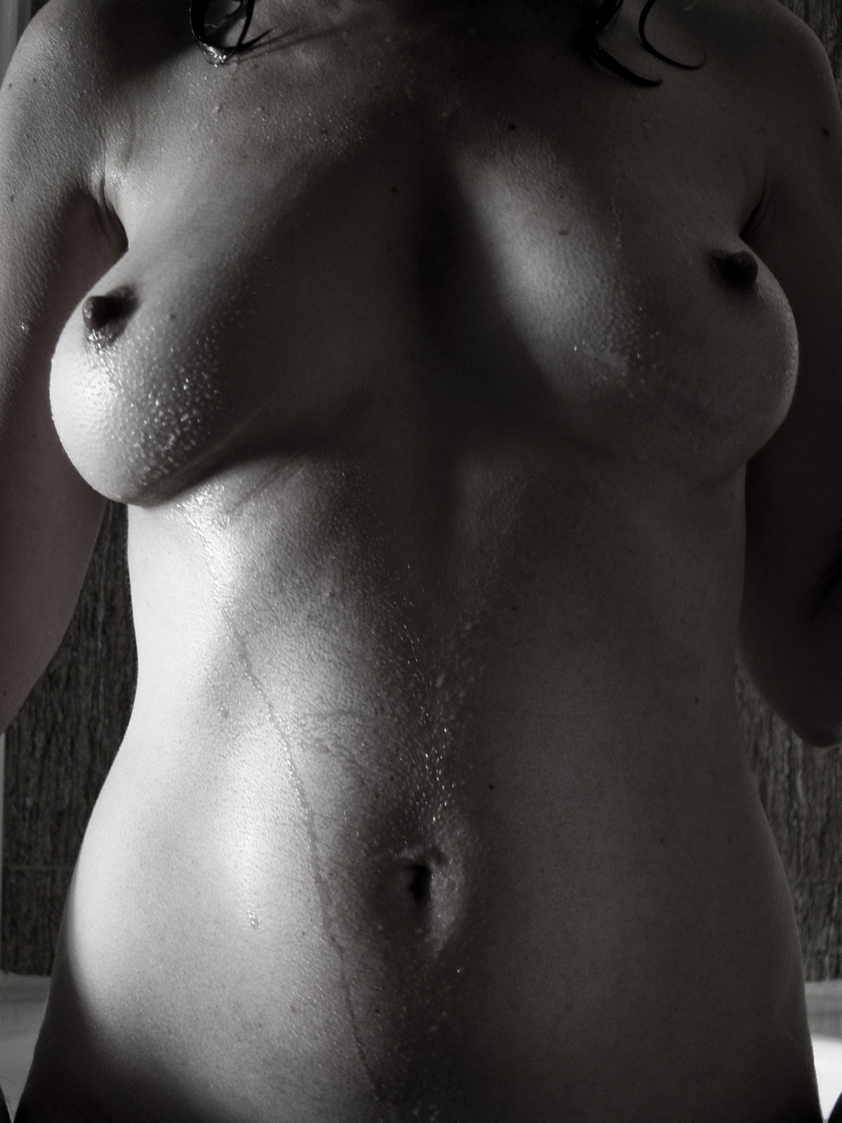 fitness nude girls black and white