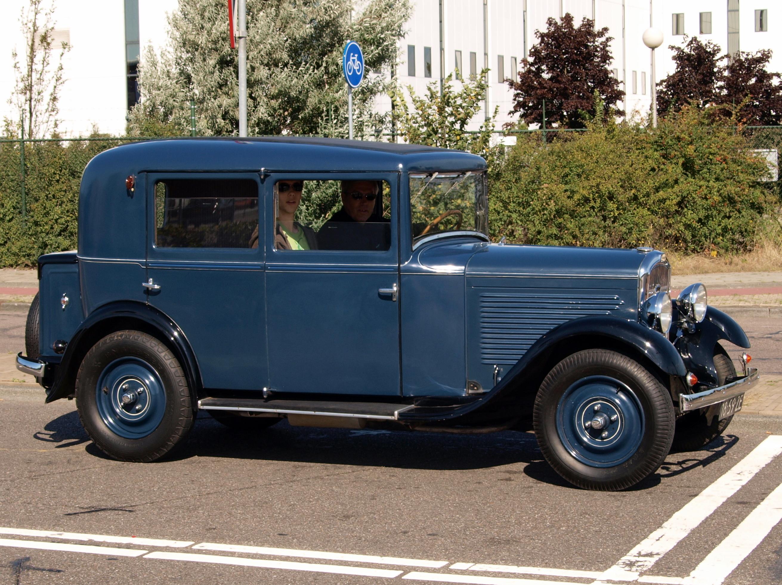 File:Peugeot 201 C 18-59-ZE pic7.JPG - Wikimedia Commons