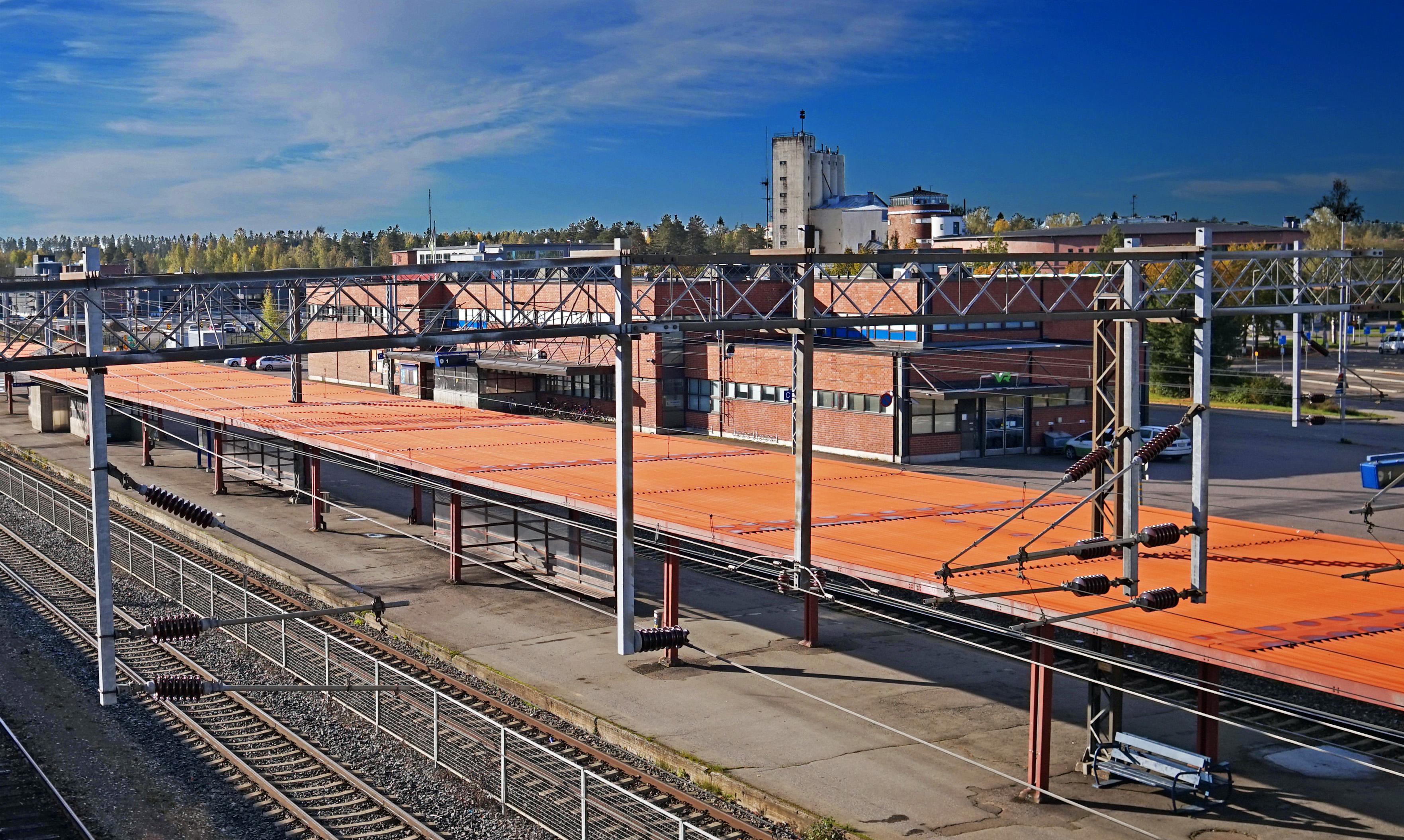 Pieksämäki railway station.jpg