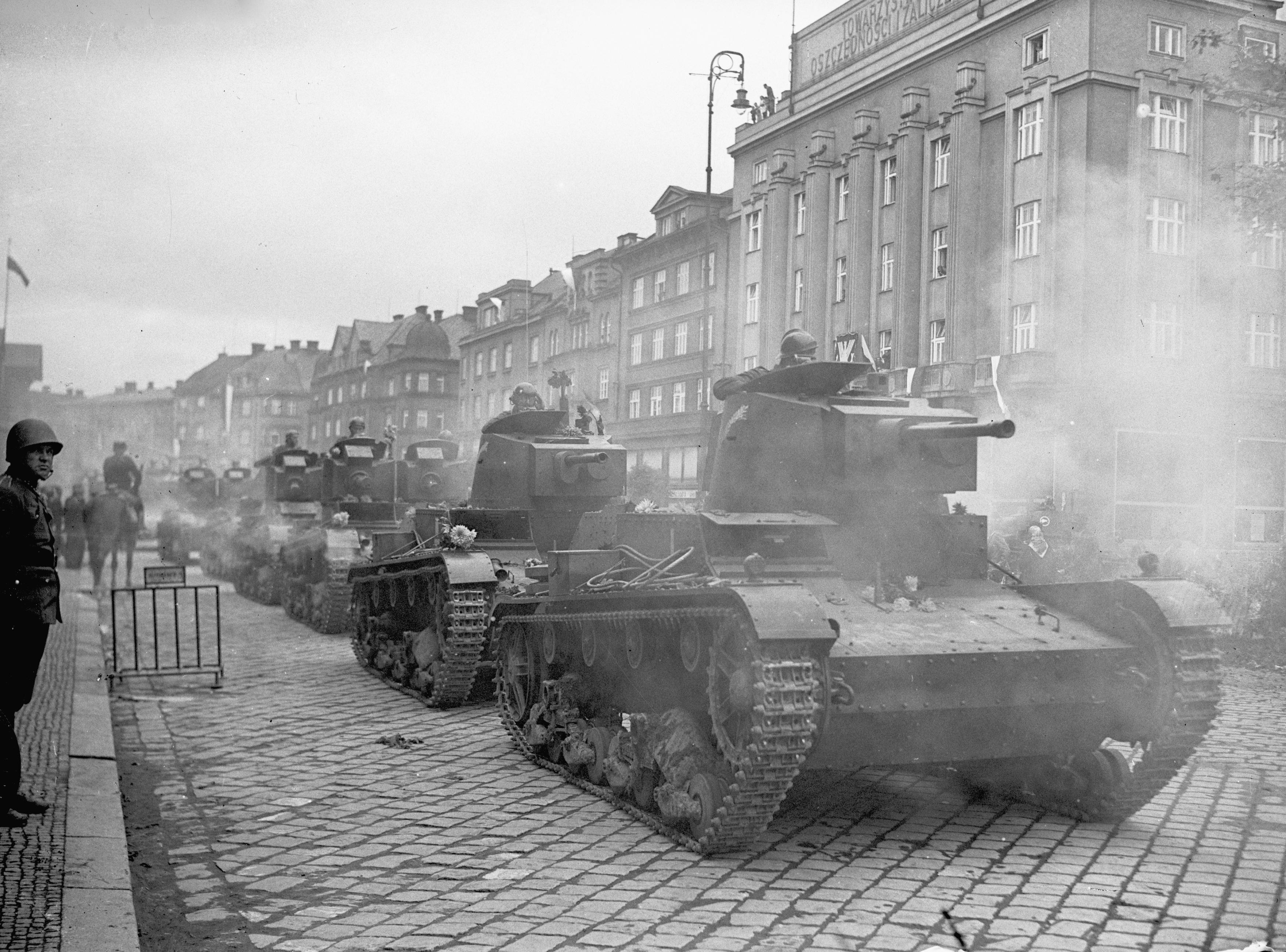 Polish army invading Czechoslovakia