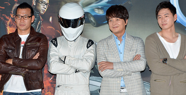 file presenters and the stig of top gear korea season 2 from acrofan wikimedia commons. Black Bedroom Furniture Sets. Home Design Ideas