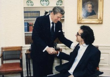 rauthammergreetingresidentonaldeaganin1986