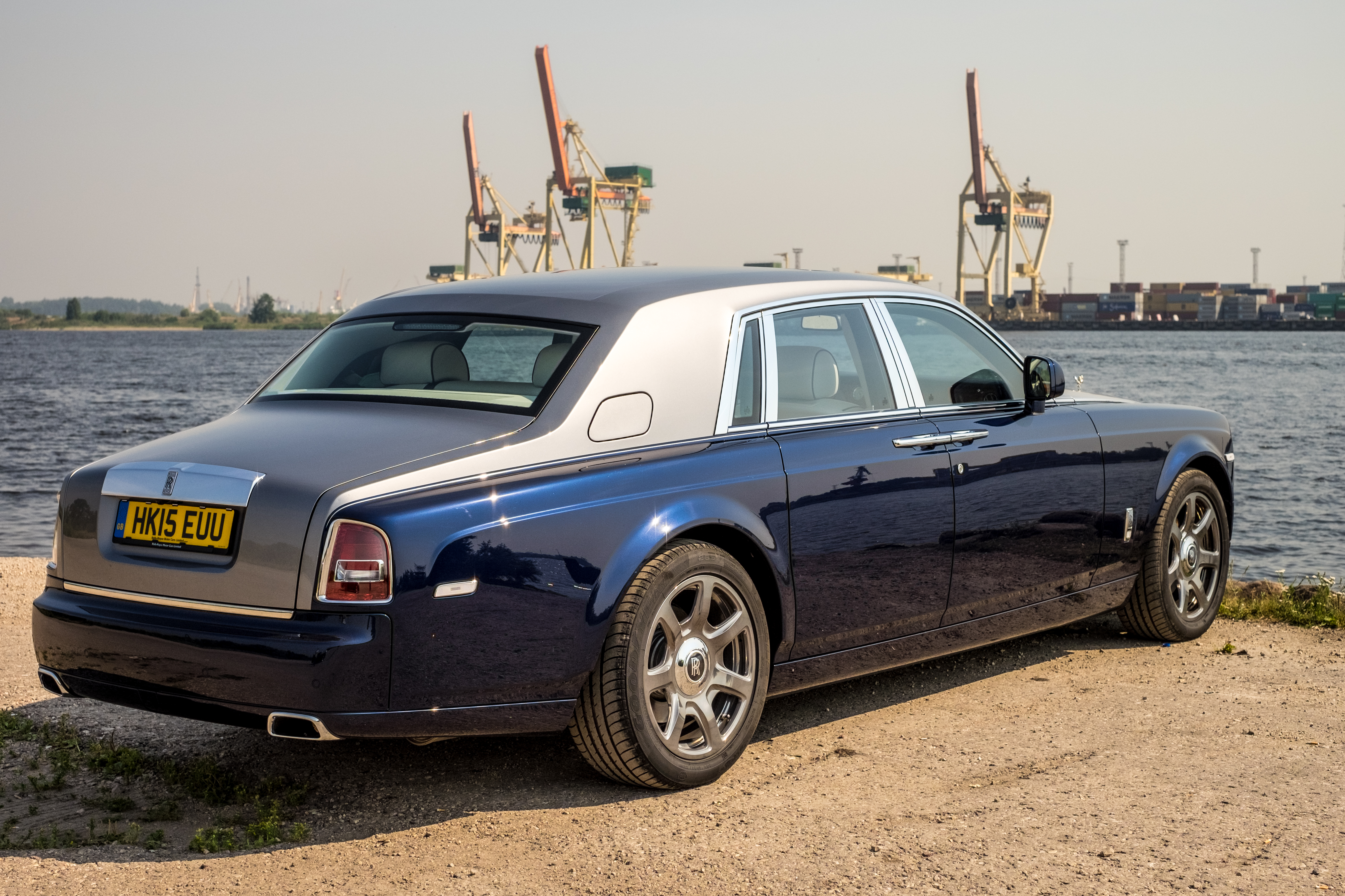 file rolls royce phantom wikimedia commons. Black Bedroom Furniture Sets. Home Design Ideas