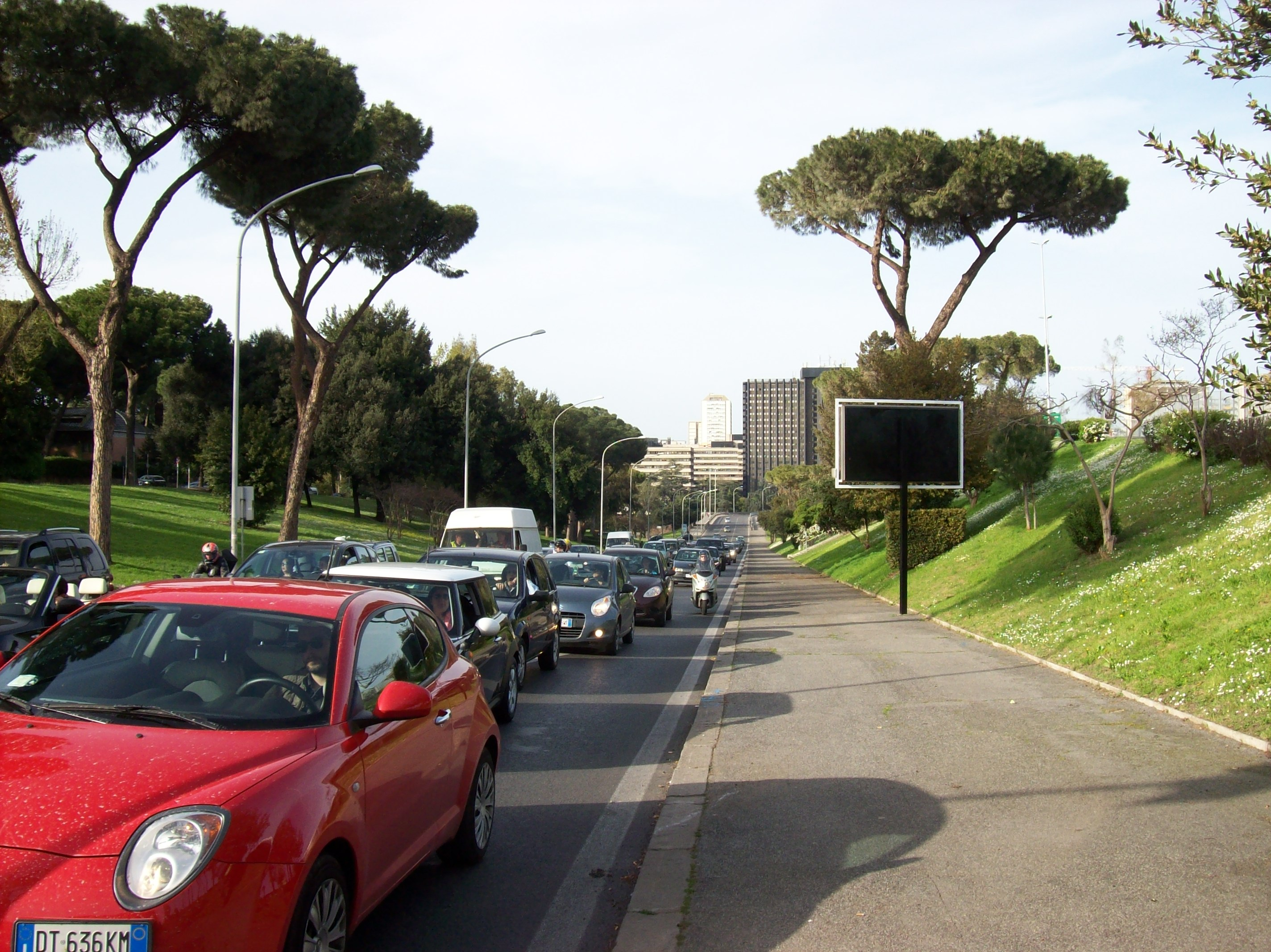 file roma via cristoforo colombo wikimedia commons