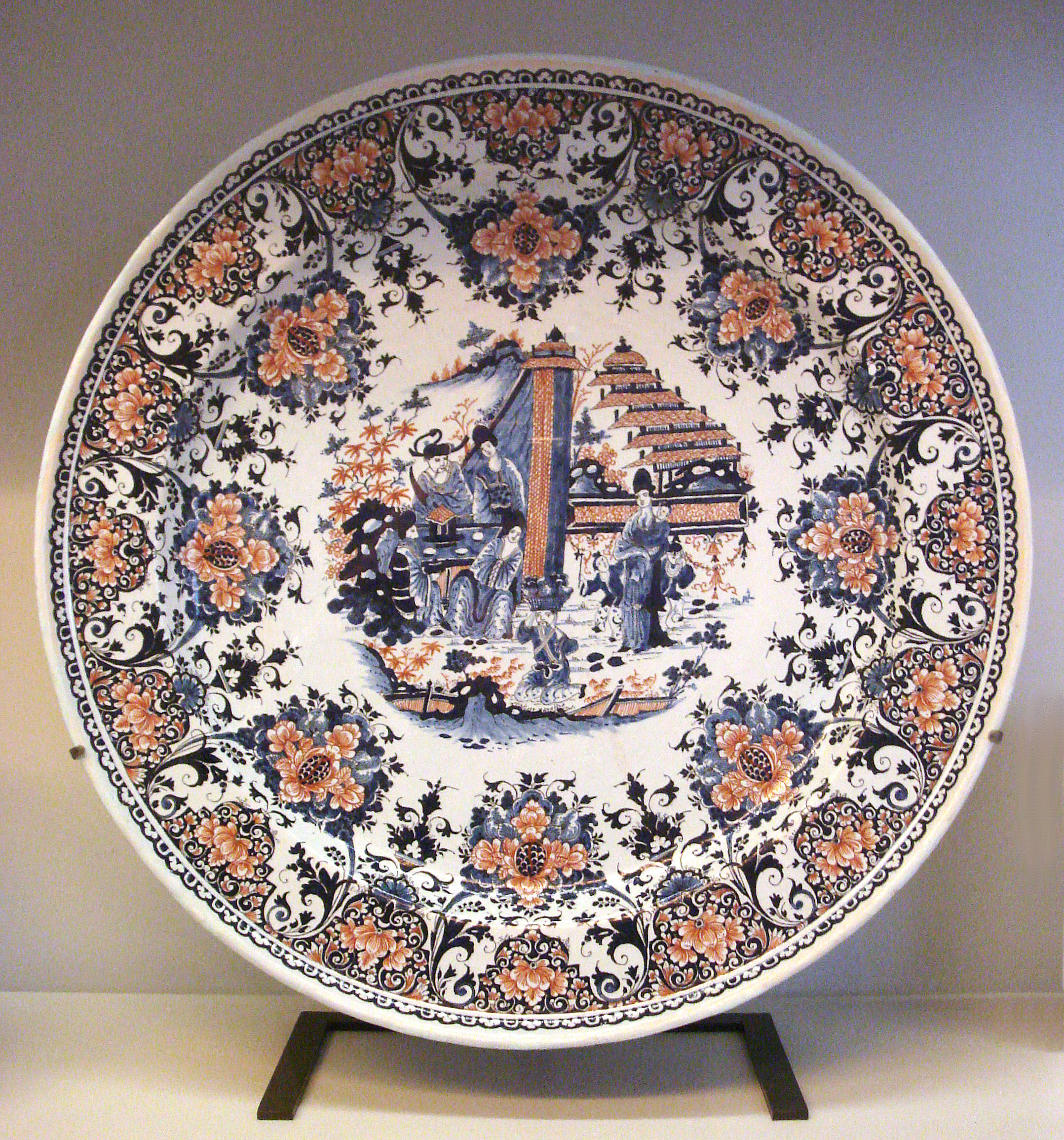 file rouen faience plate circa wikimedia commons. Black Bedroom Furniture Sets. Home Design Ideas