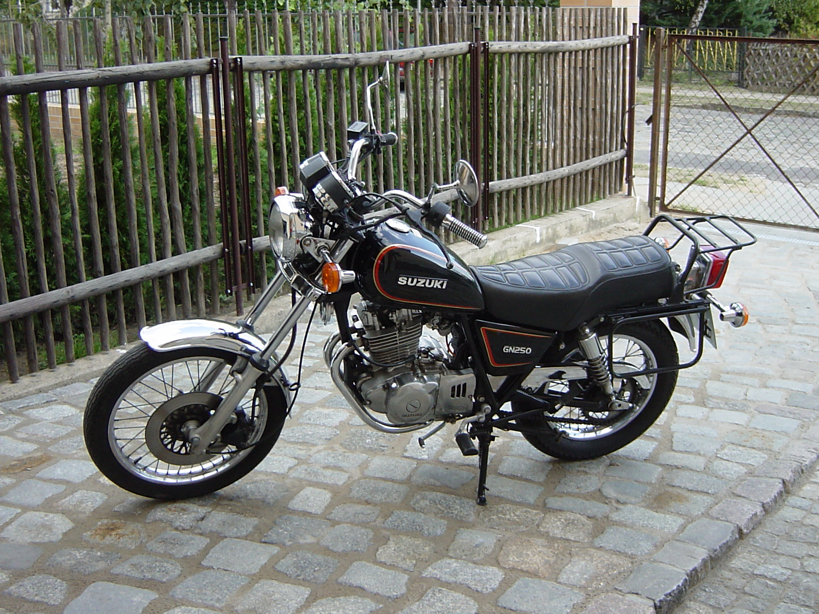 Suzuki Ttitan For Sale Uk