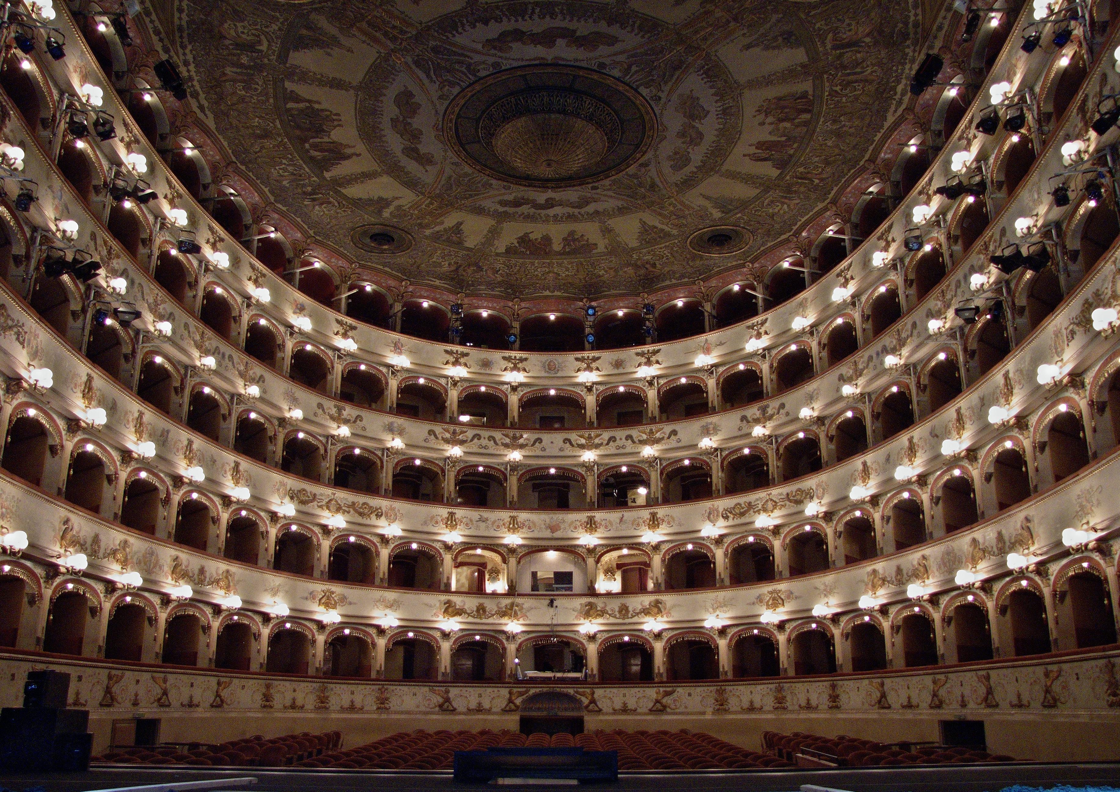 Lorenzo Gaudenzi - Teatro Comunale di Ferrara