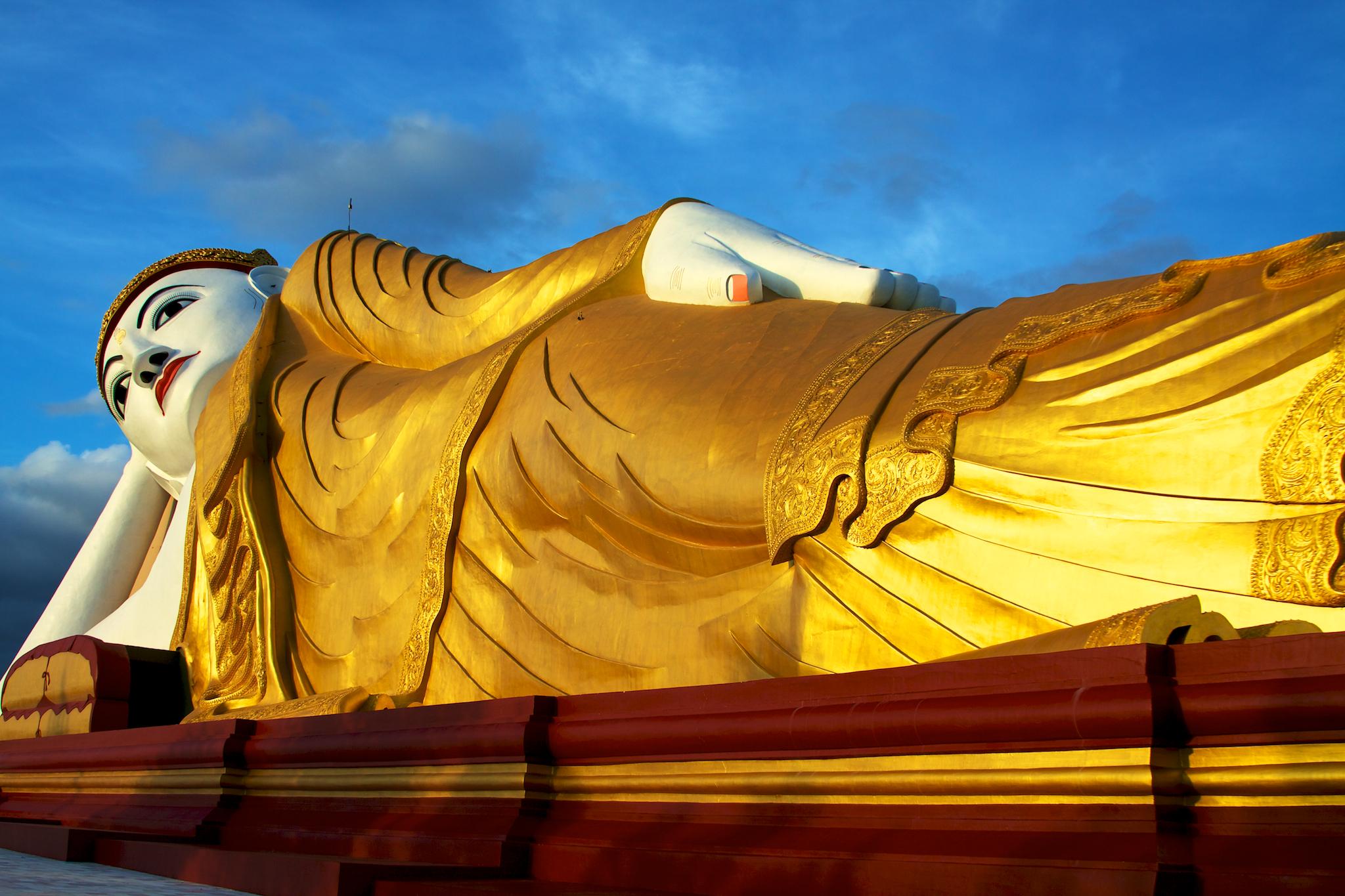 FileThe reclining Buddha at Bodhi Tataung (5090995856).jpg & File:The reclining Buddha at Bodhi Tataung (5090995856).jpg ... islam-shia.org