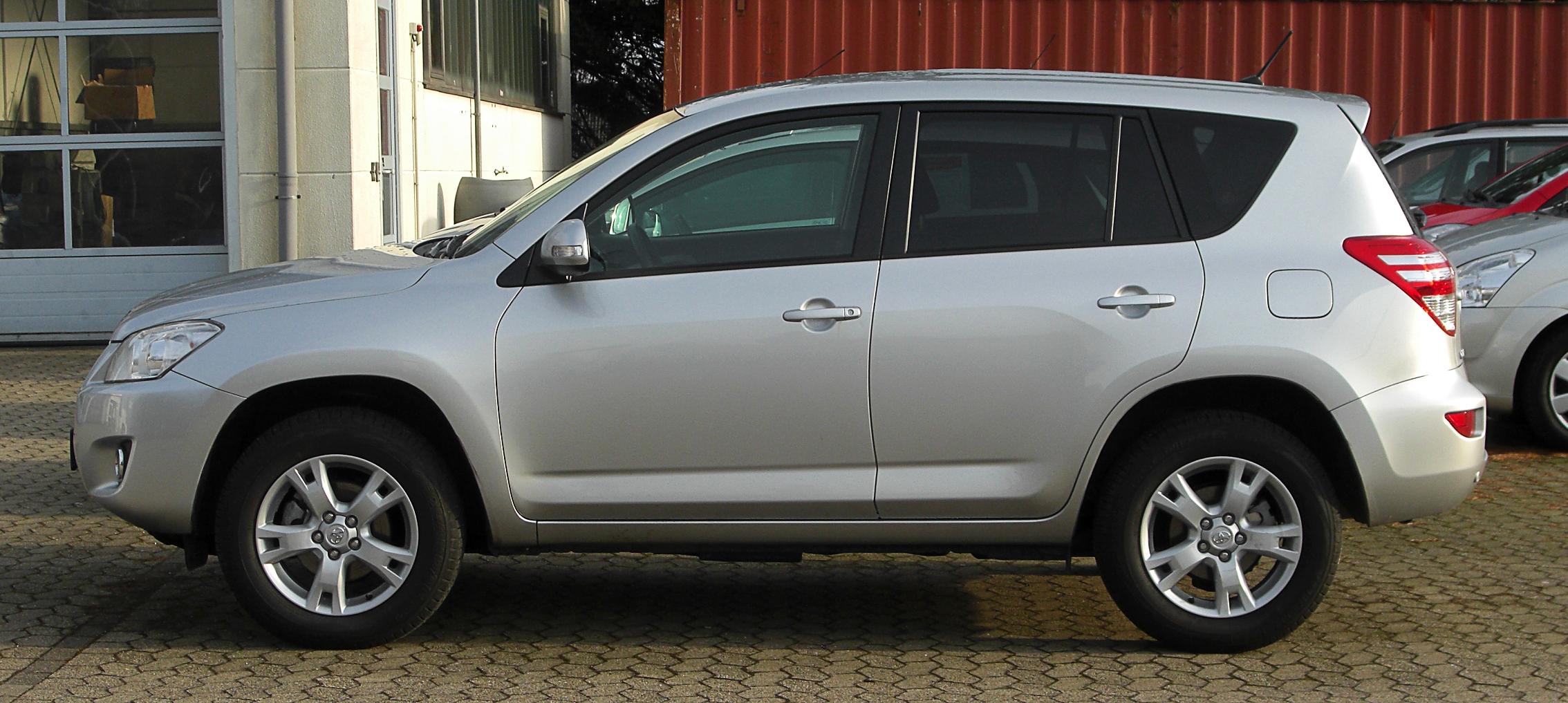 File:Toyota RAV4 (III, Facelift) – Seitenansicht, 13 ...