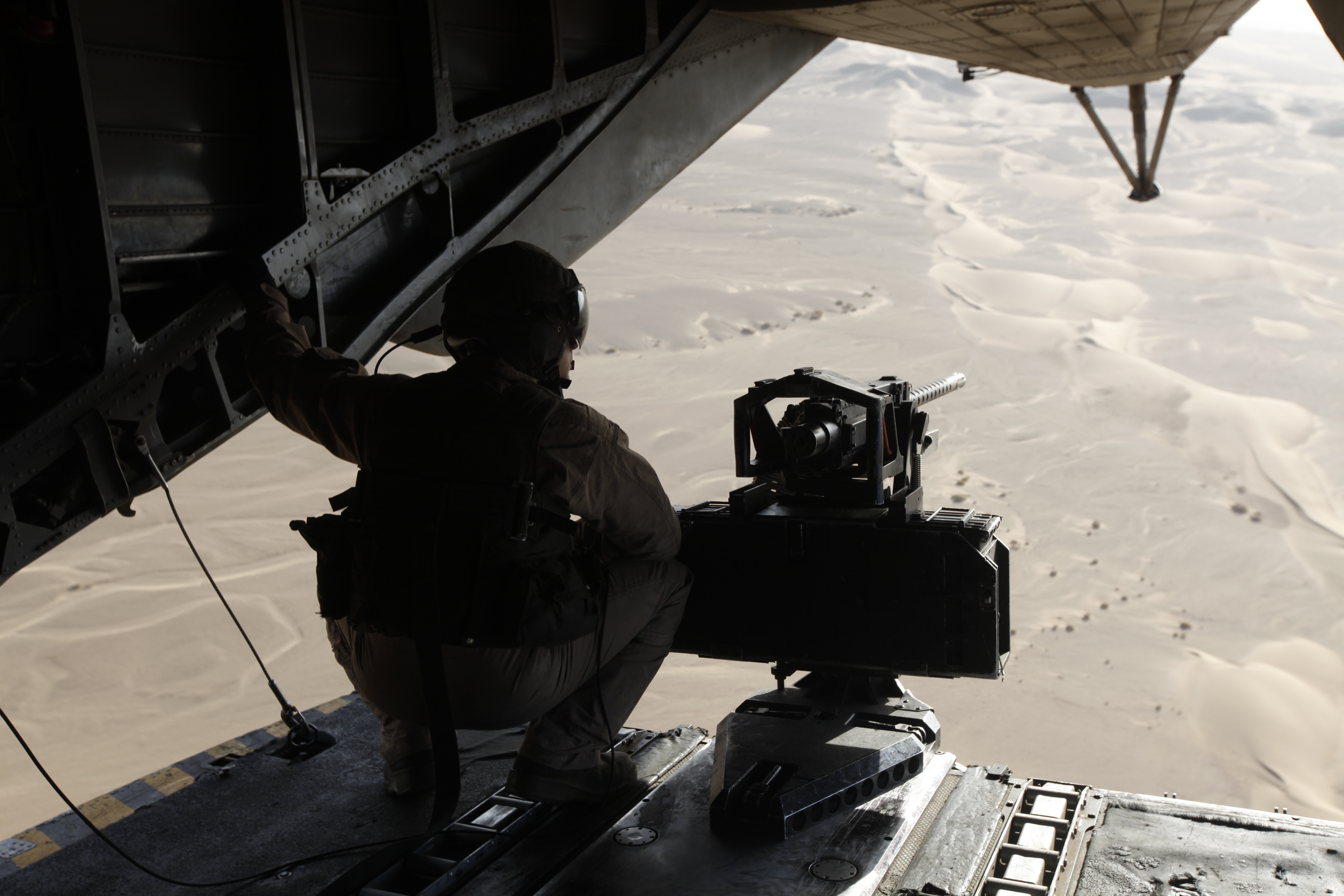 Description U.S. Marine Corps Gunnery Sgt. Marcus S. McCollum, a crew ... Army Helicopters In Action