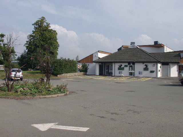 Visitors centre at Alyn Waters Country Park, Wrecsam - geograph.org.uk - 49780