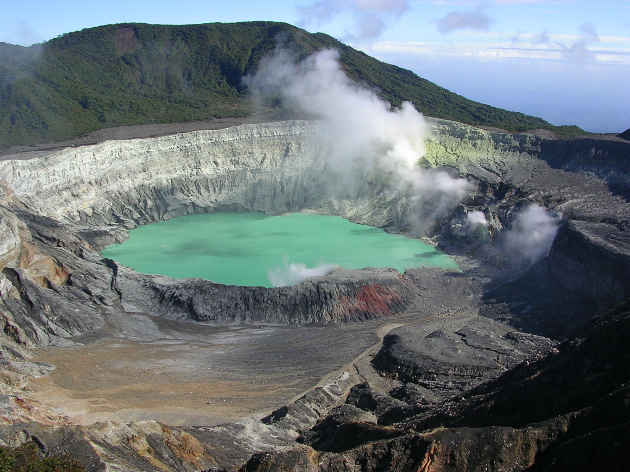 Costa Rica Arenal Volcano Tour