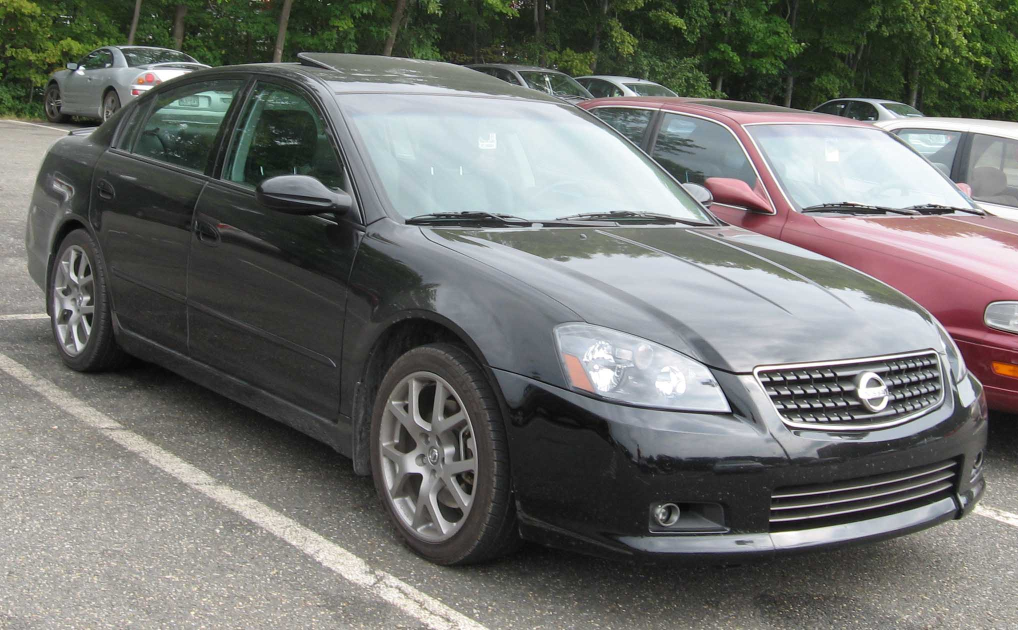 file:05-06 nissan altima se-r - wikimedia commons