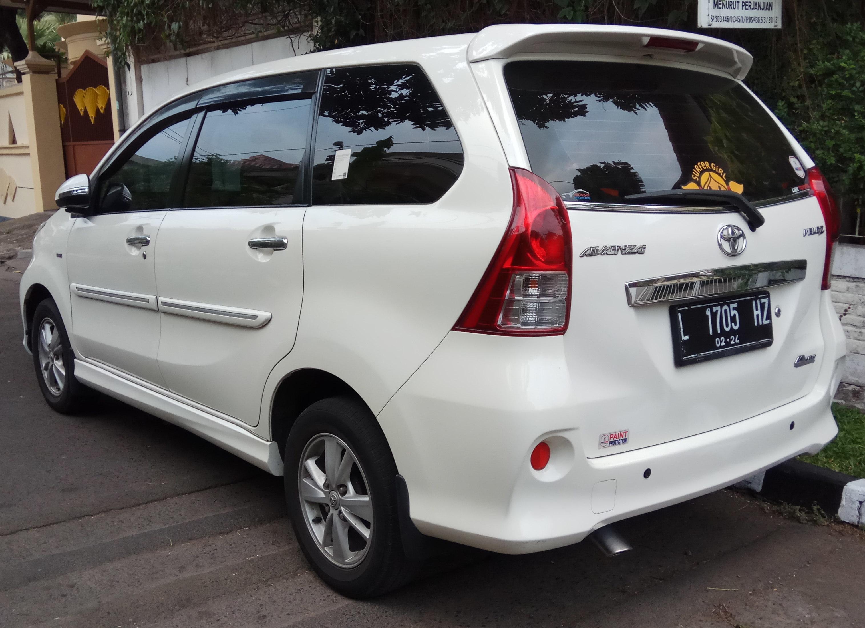Kekurangan Toyota Avanza 2014 Perbandingan Harga