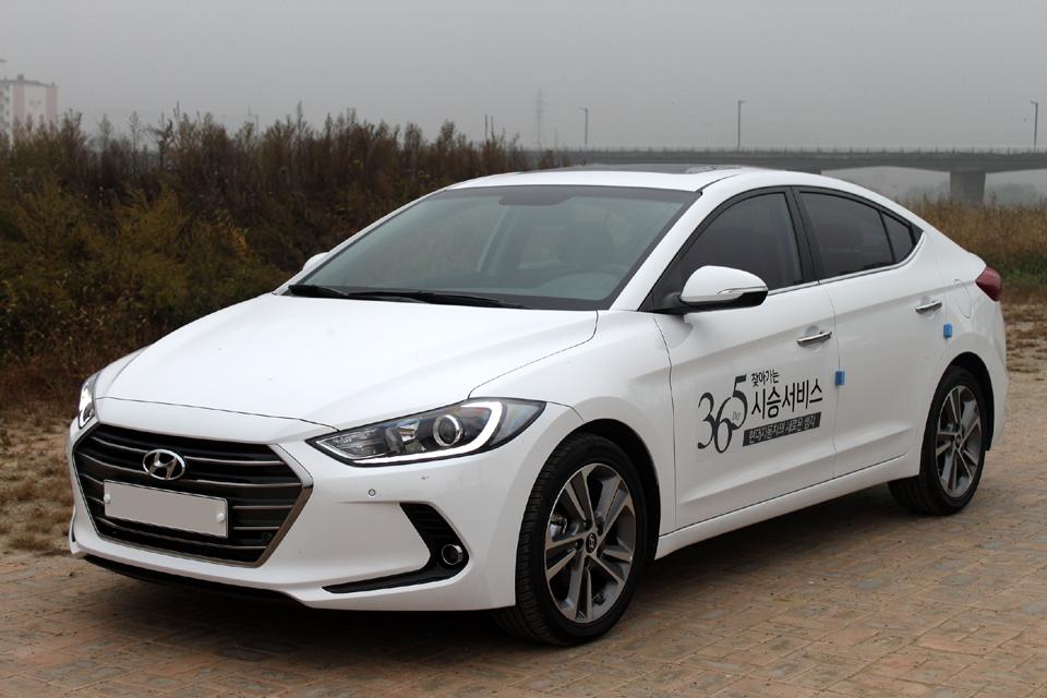 Hyundai Elantra Car Reviews