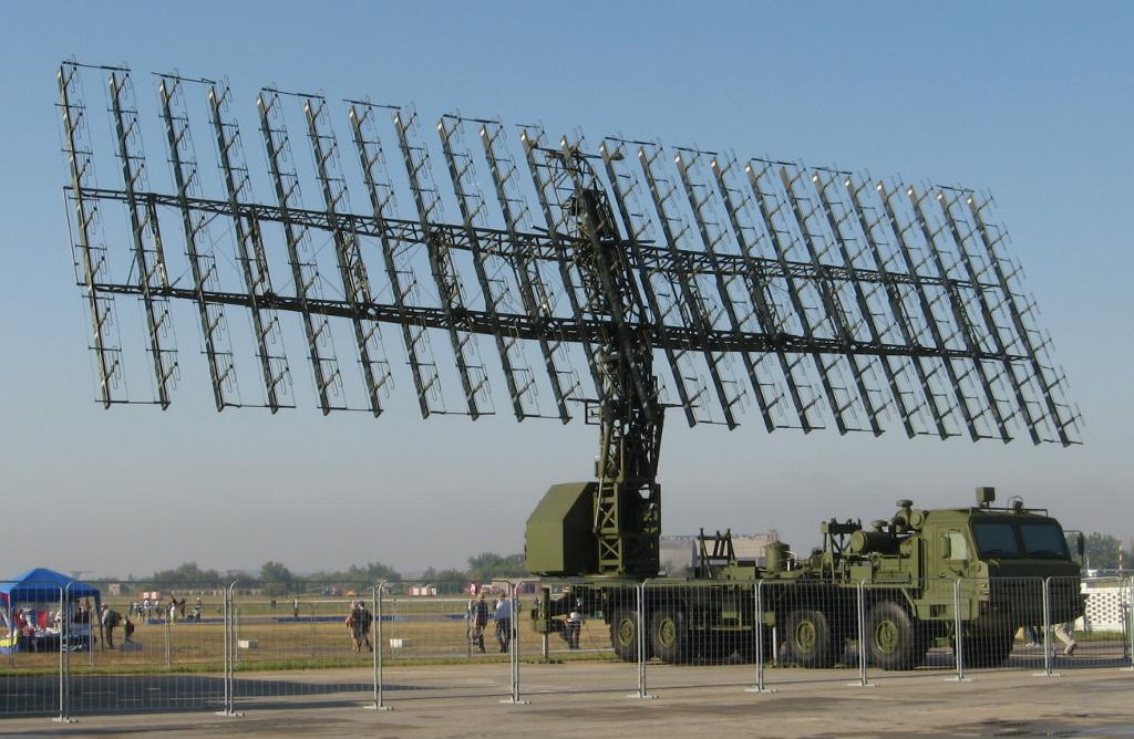 Radar 3D AESA RLM-M de banda VHF