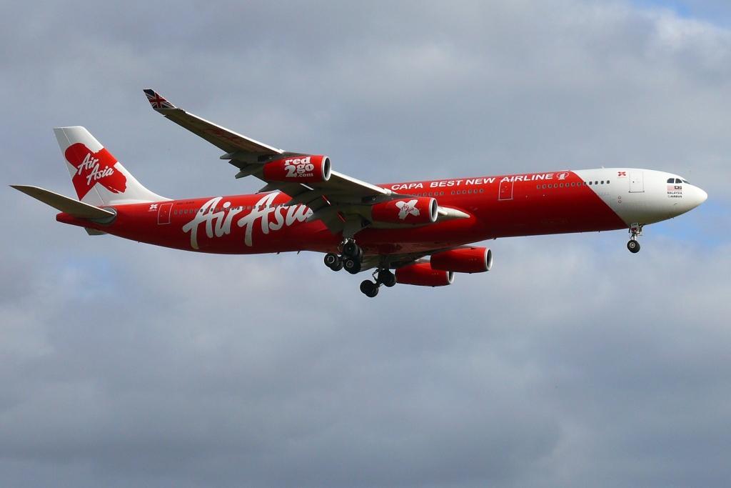 Air_Asia_X_Airbus_A340-300.jpg