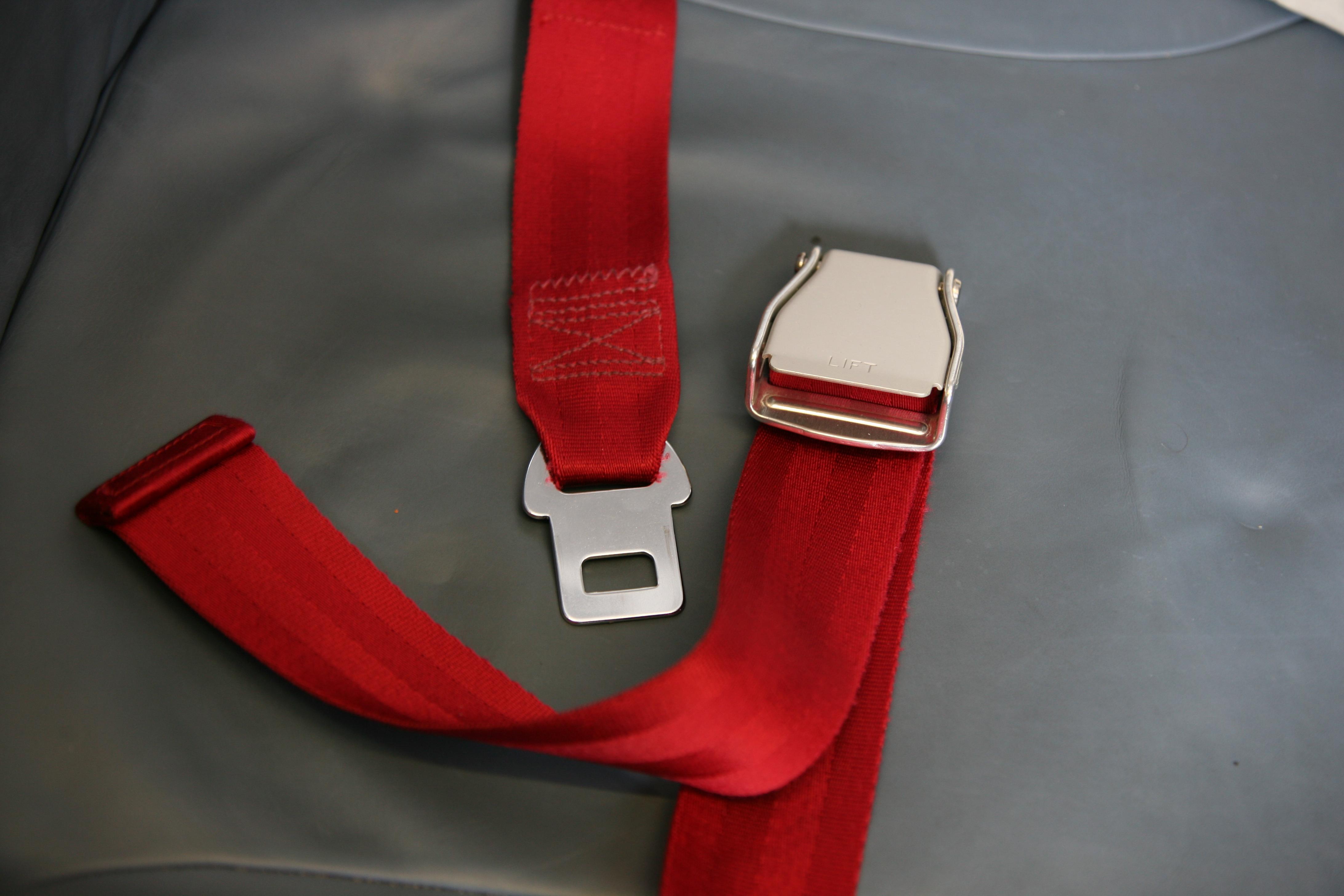 Beschreibung airplane seat belt 2