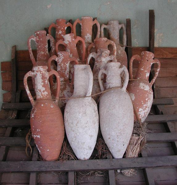 external image Amphorae.jpg