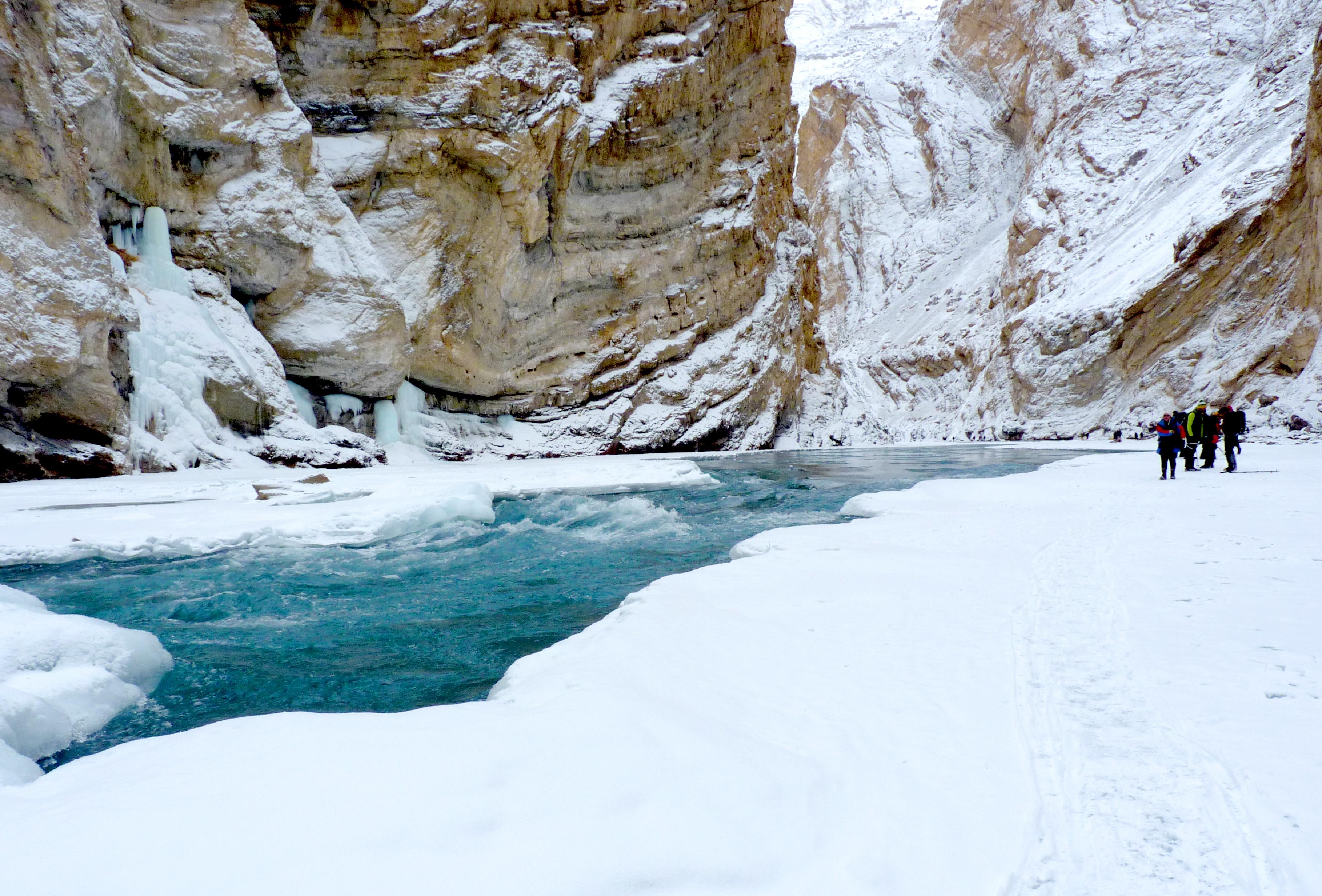 5 Best Waterfall Treks In India (2020) 4