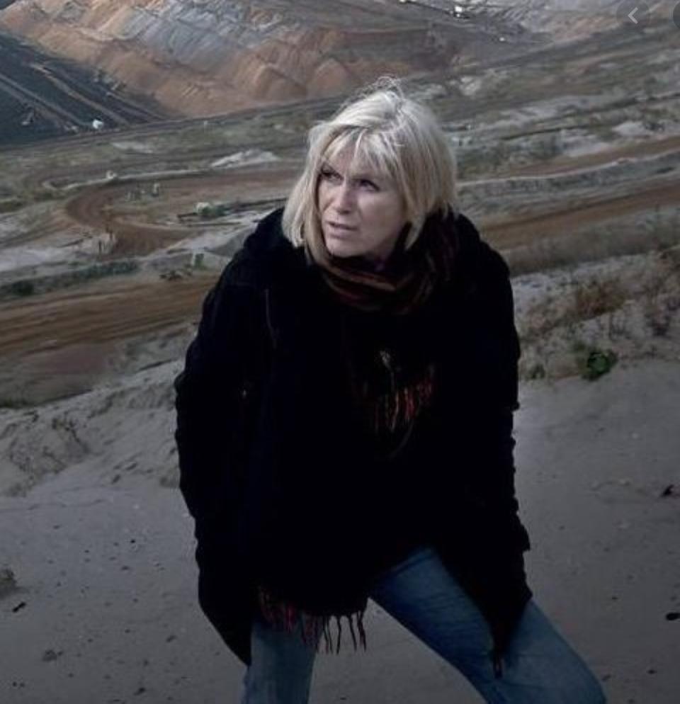Image of Magdalena Jetelová from Wikidata