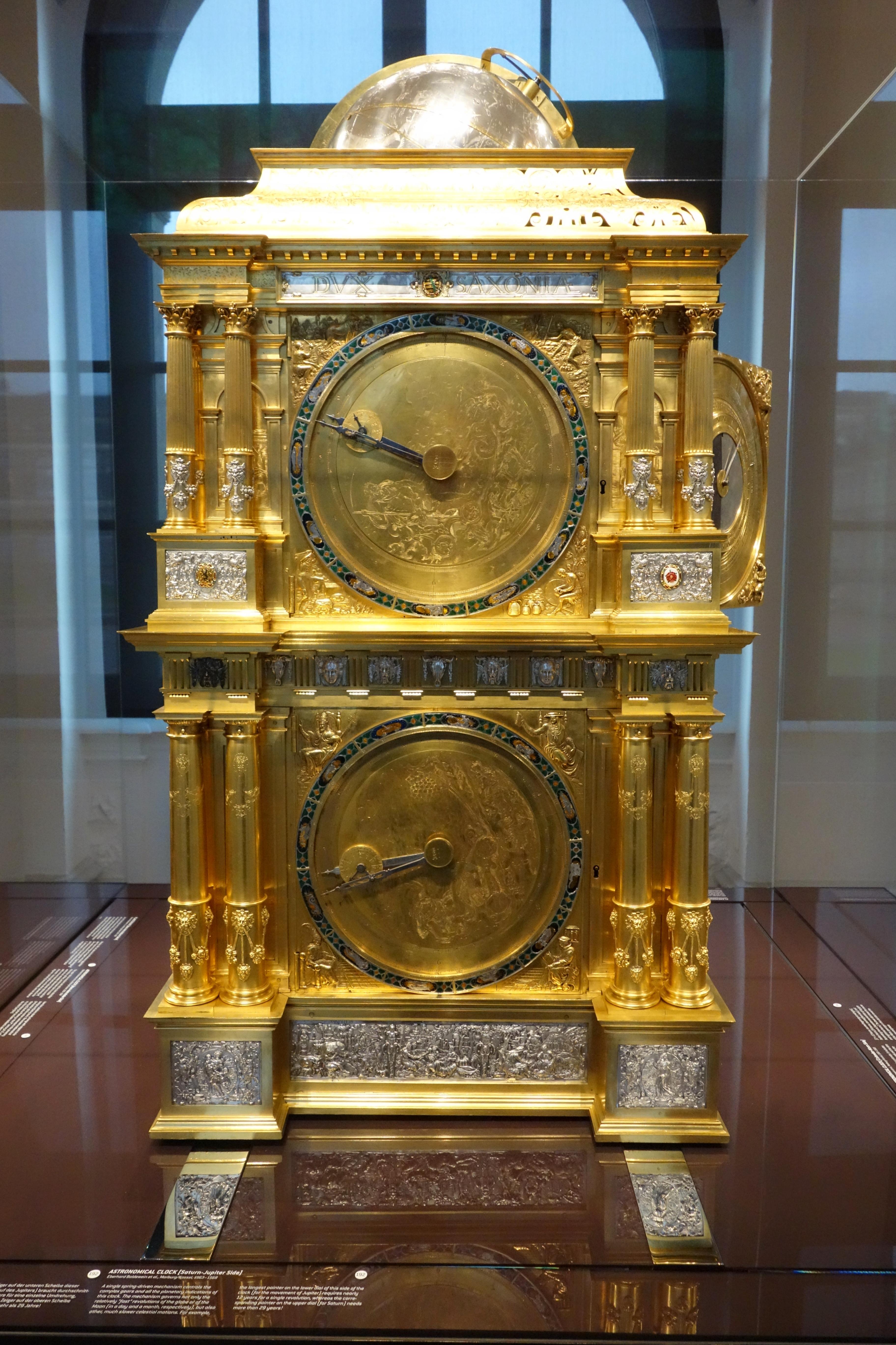 file astronomical clock saturn jupiter side eberhard baldewein et al marburg kassel 1563. Black Bedroom Furniture Sets. Home Design Ideas