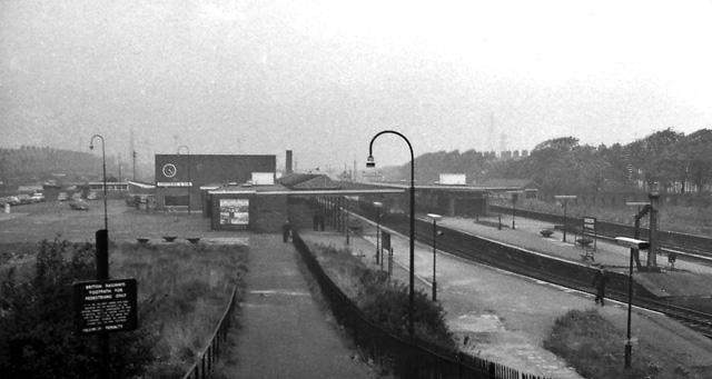 File:Barrow Central Station 1766241.jpg