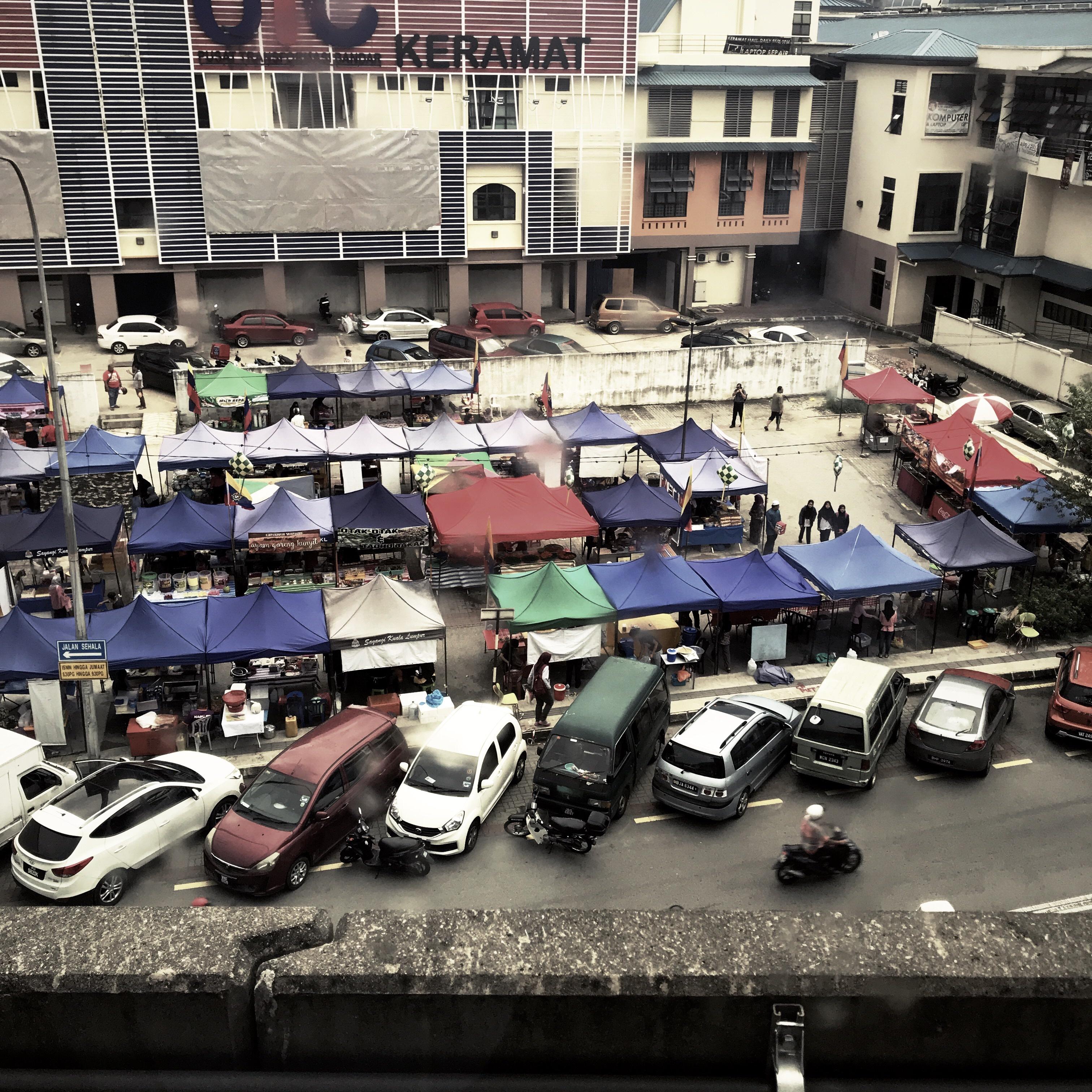 File:Bazaar Ramadan in Dato Keramat (42273936581).jpg