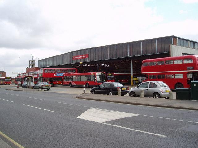File:Bexleyheath Bus Garage - geograph.org.uk - 148959.jpg ...