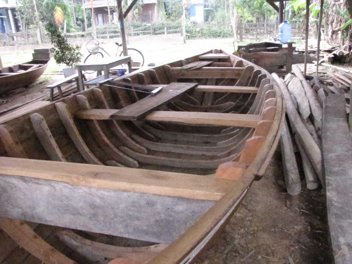 File:Boat-frames.jpg - Wikimedia Commons