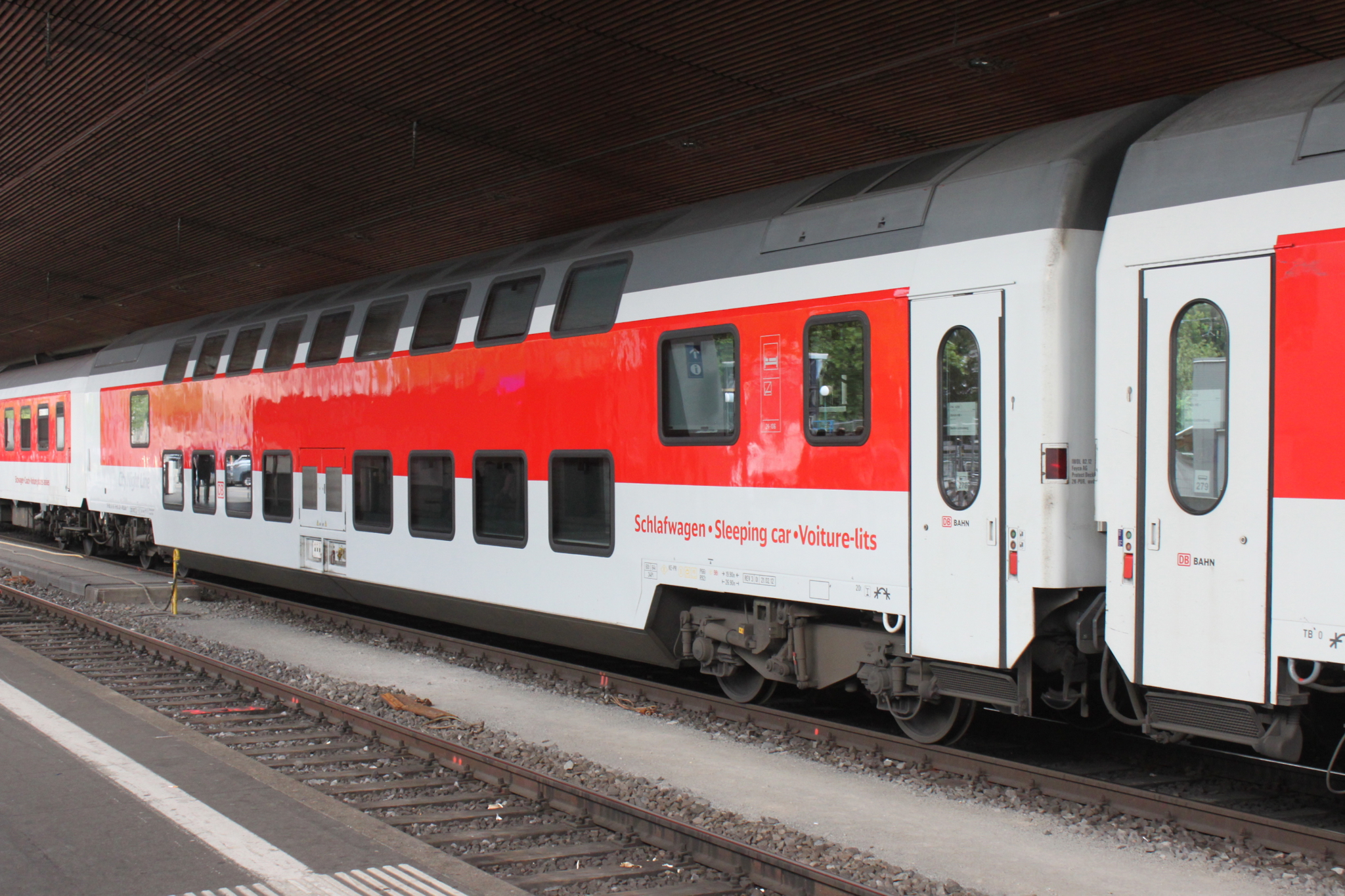 how to book city night line train