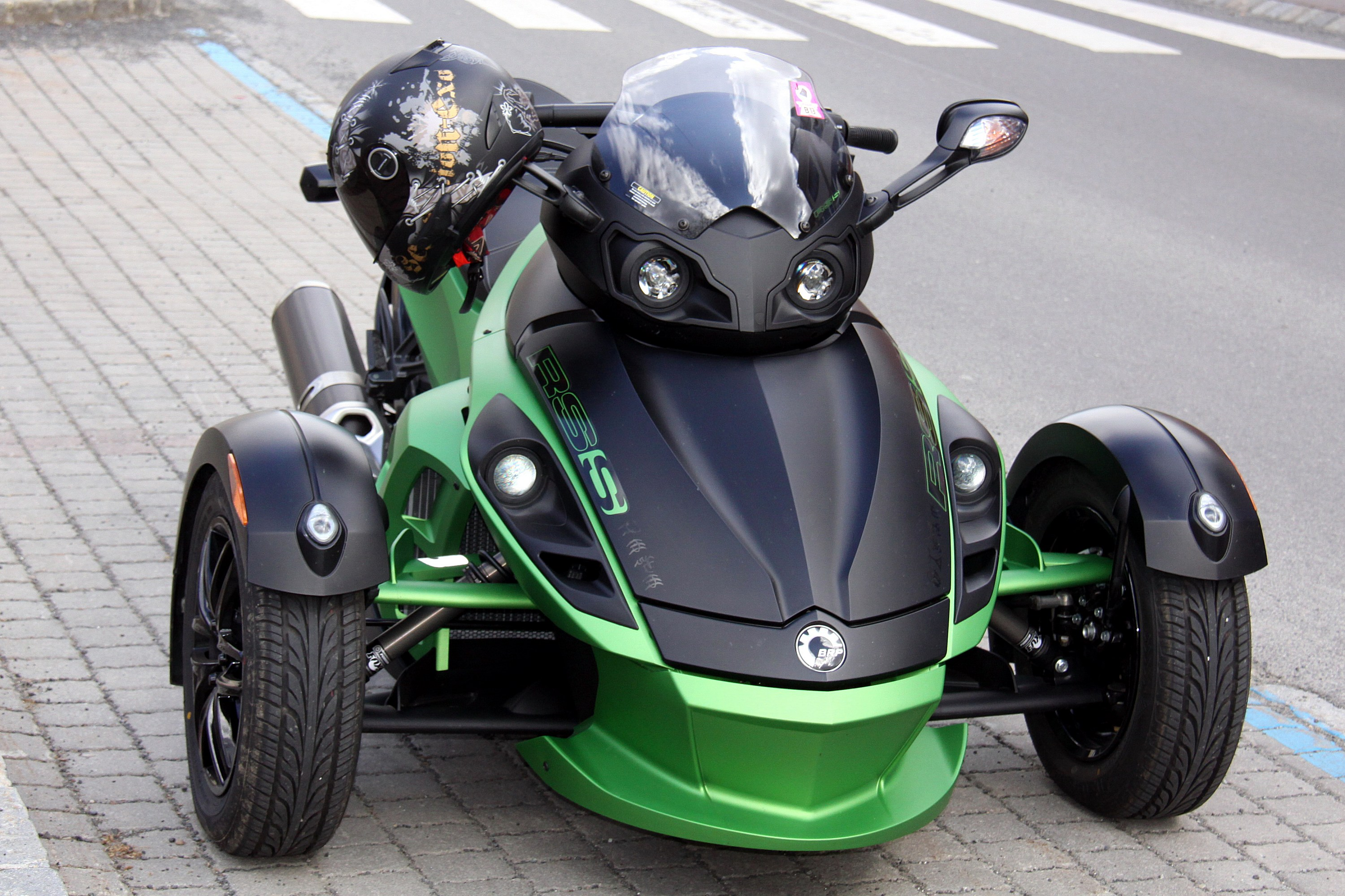 Can Am Spyder Chat Room
