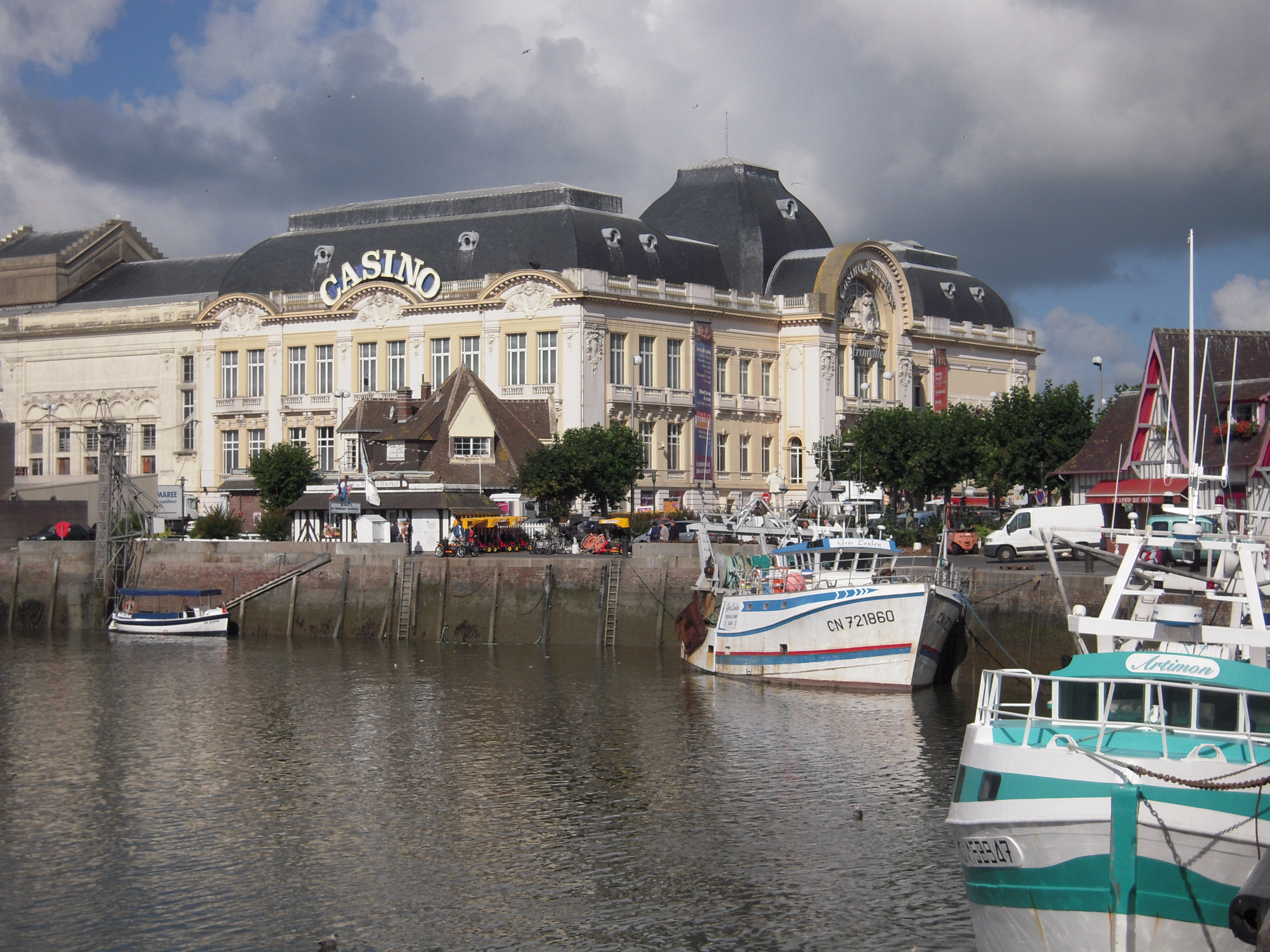 Trouville sur mer arts et voyages - Office du tourisme de deauville trouville ...