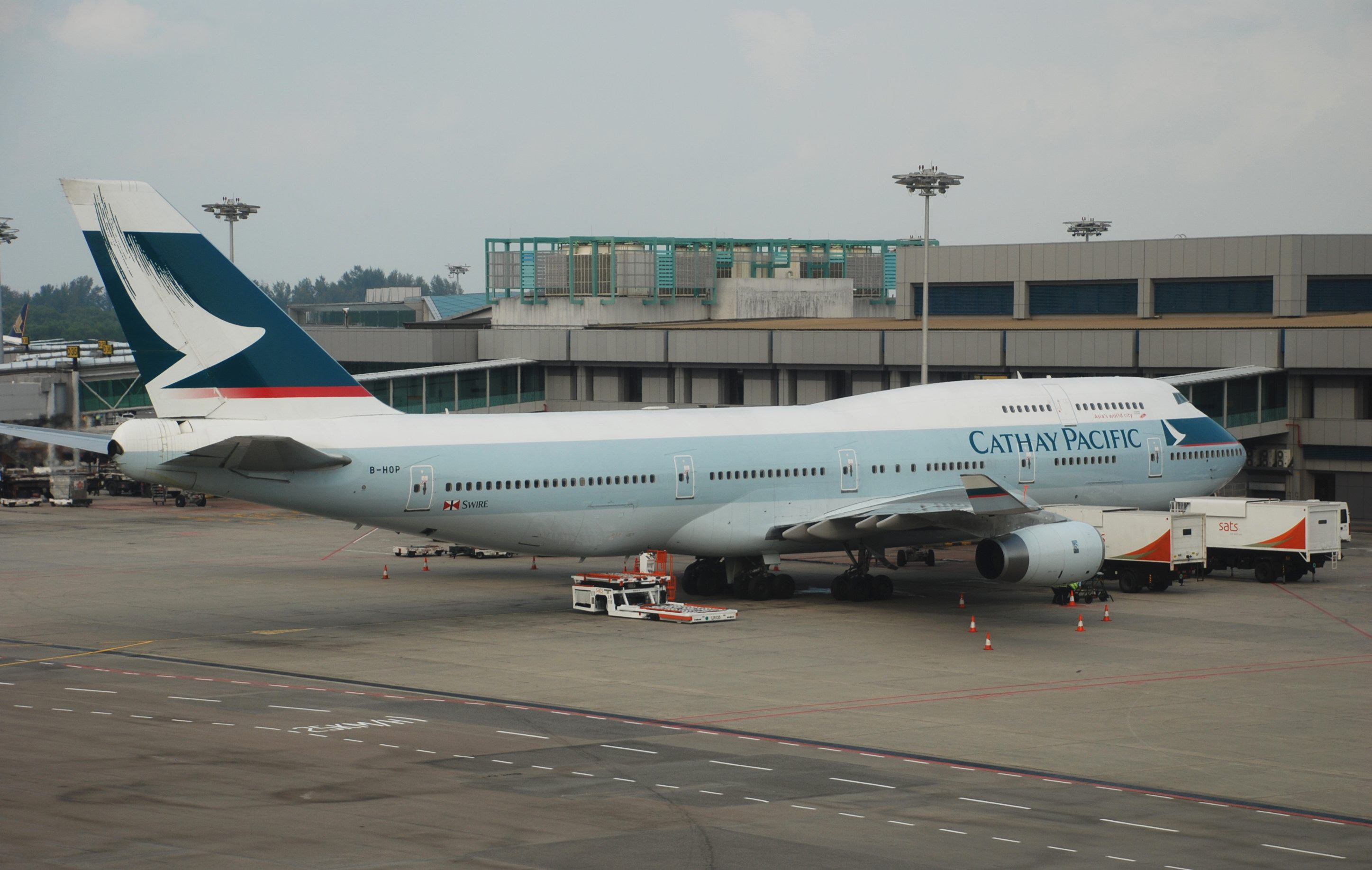 Cathay Pacific Reviews and Flights