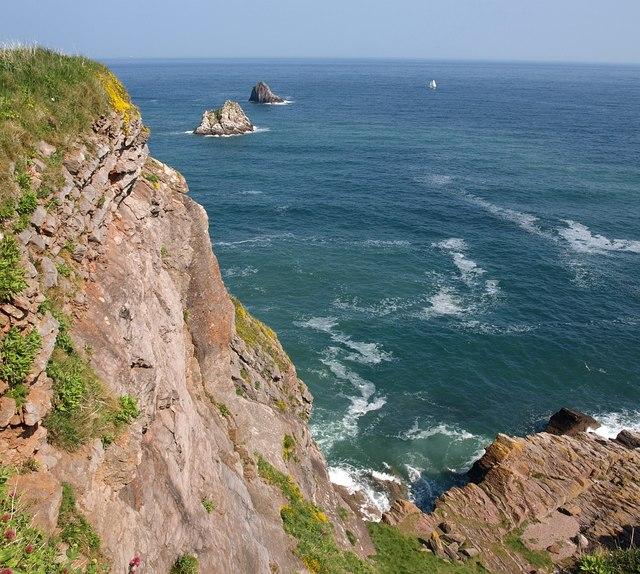 Cliff near Durl Head - geograph.org.uk - 1268338