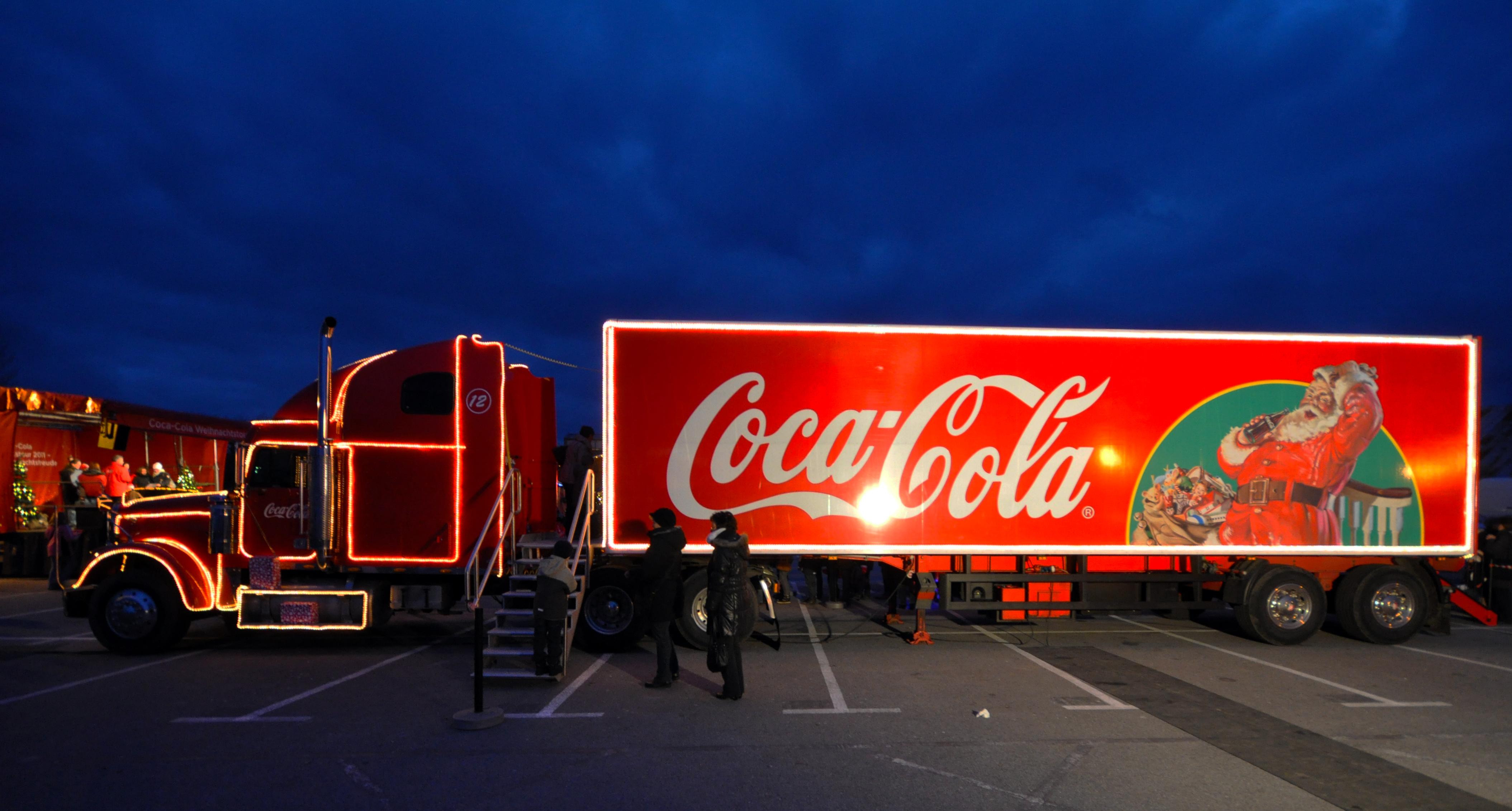 Coca Cola Weihnachten Wallpaper in Der Coca-cola-werbung