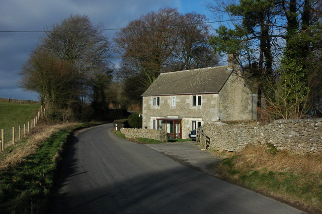 Cottage near Cranham - geograph.org.uk - 670370