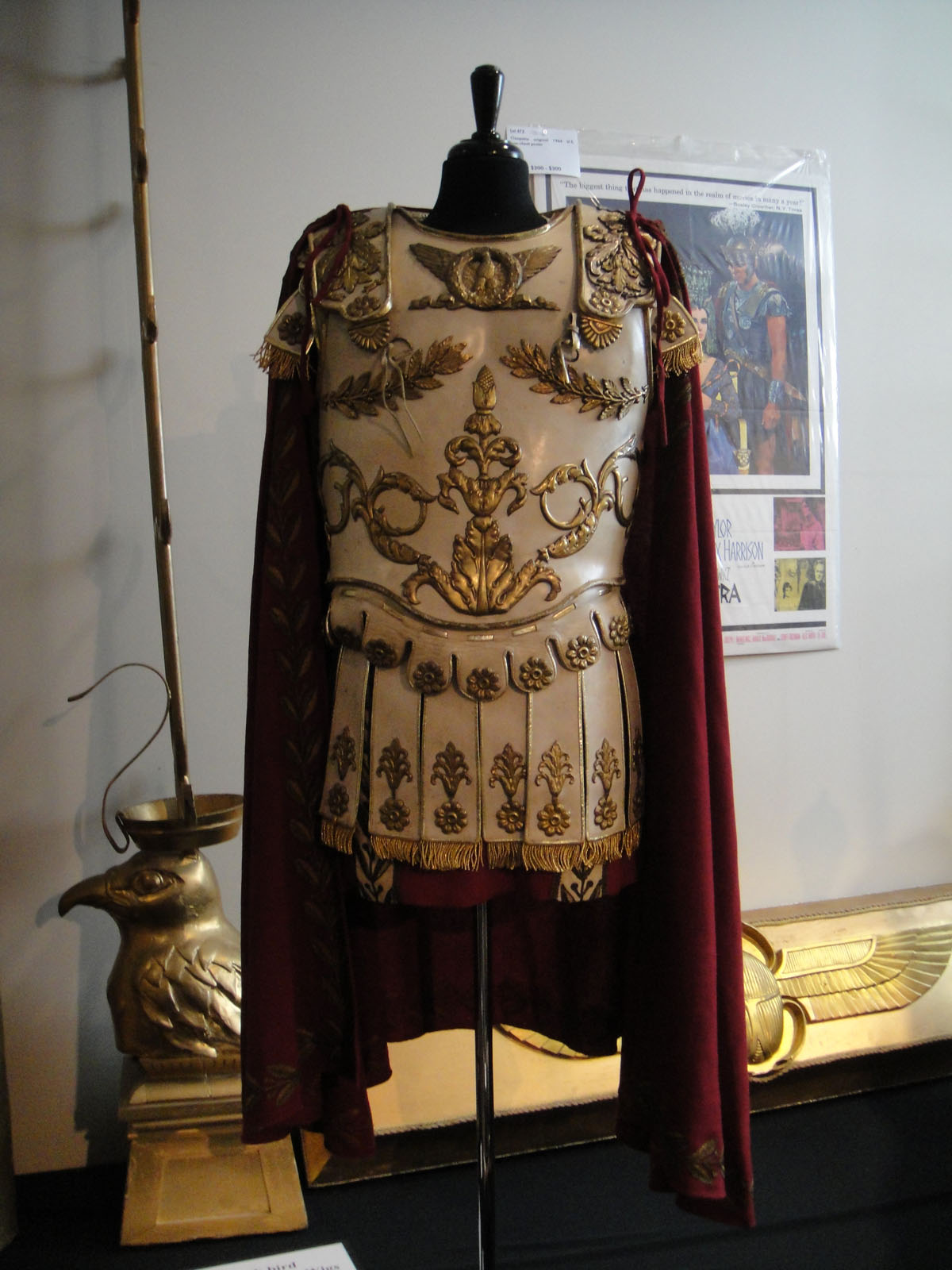 File Debbie Reynolds Auction Costume Worn By Richard Burton In Cleopatra 1963 5851596391 2 Jpg Wikimedia Commons