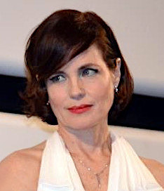 Elizabeth McGovern 2012 Cannes cropped.jpg