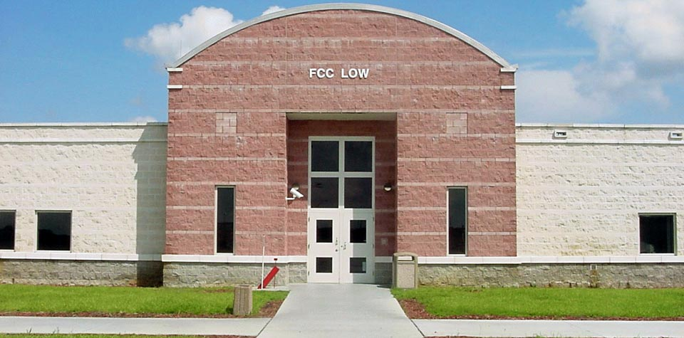 Federal Correctional Institution, Coleman - Wikipedia