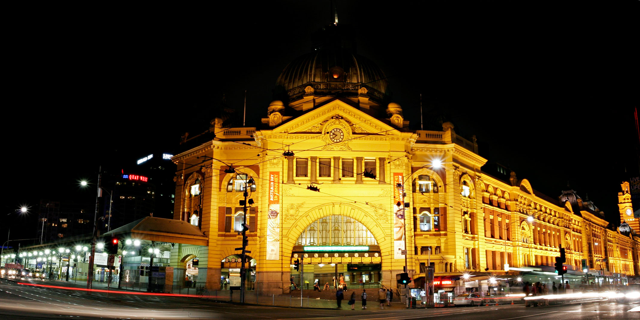 file flinders st station at wikimedia commons. Black Bedroom Furniture Sets. Home Design Ideas