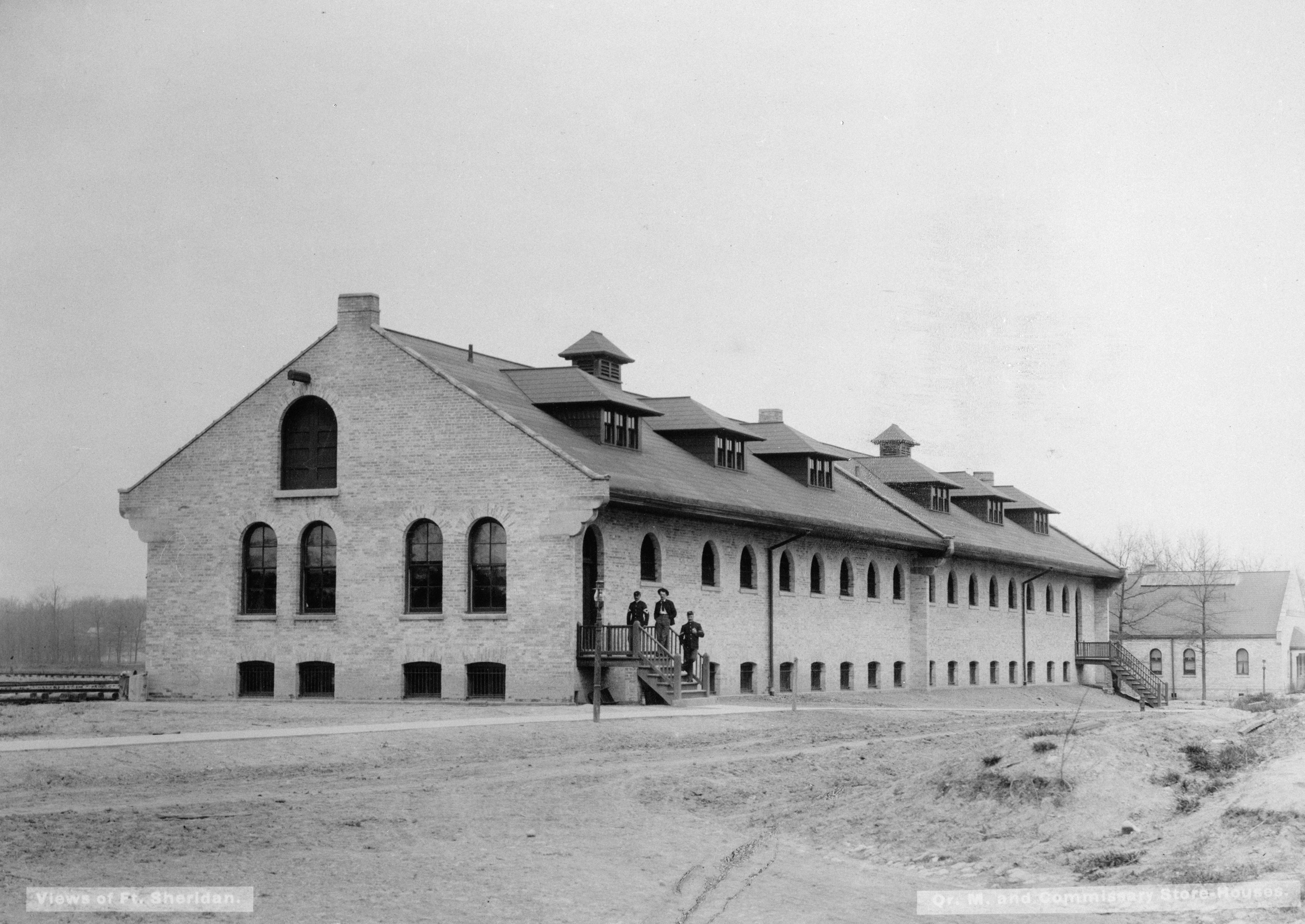 File:Fort Sheridan, IL Quartermaster and Commissary ...
