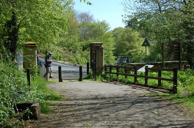 Gateposts, Roslin Glen Country Park - geograph.org.uk - 1304226