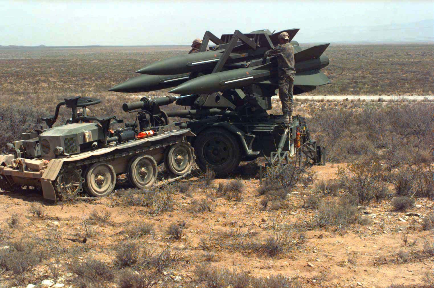 File:German Hawk missile unit, 1996.jpg