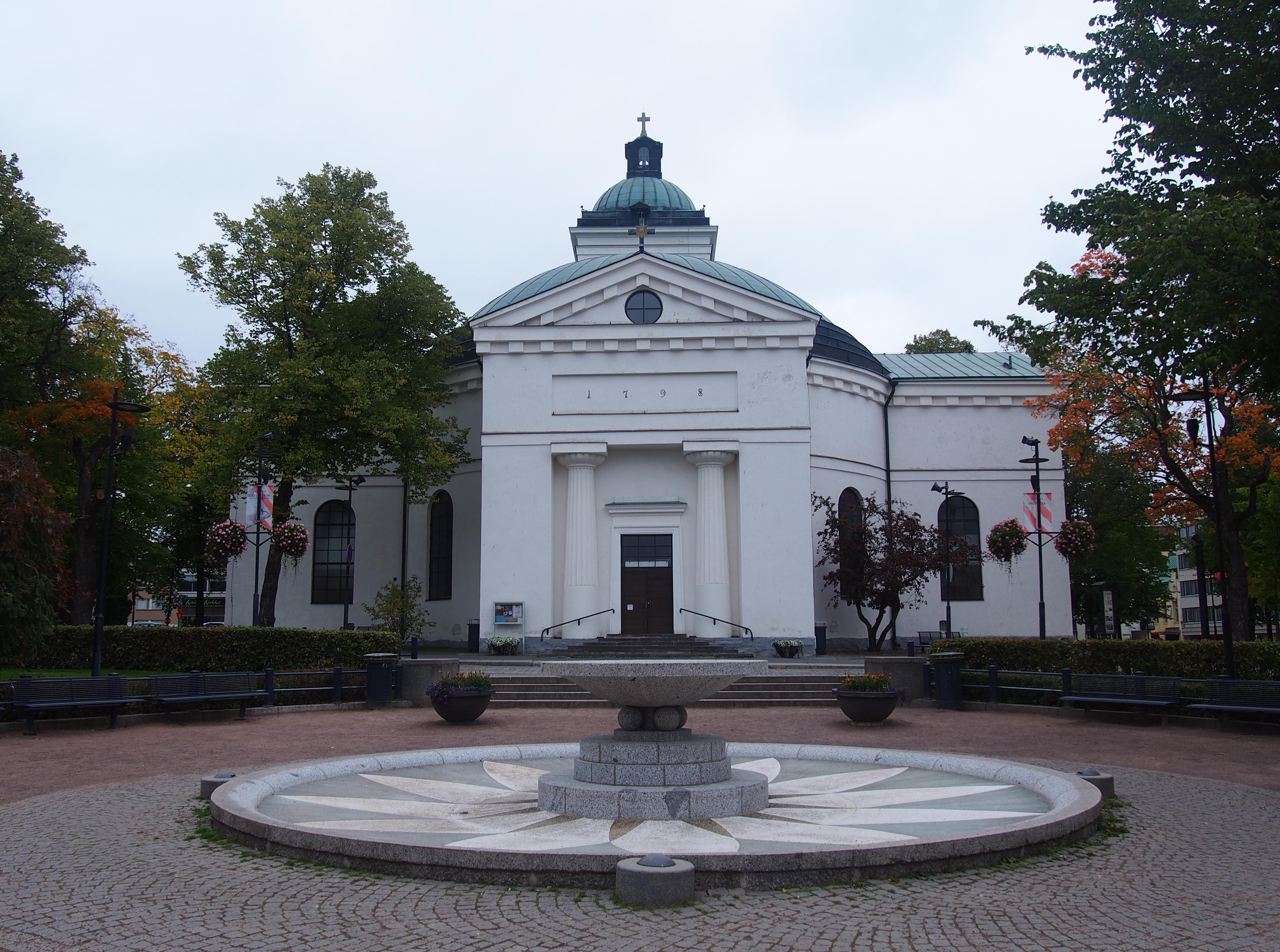 Hämeenlinna Church on 24th September 2016.jpg