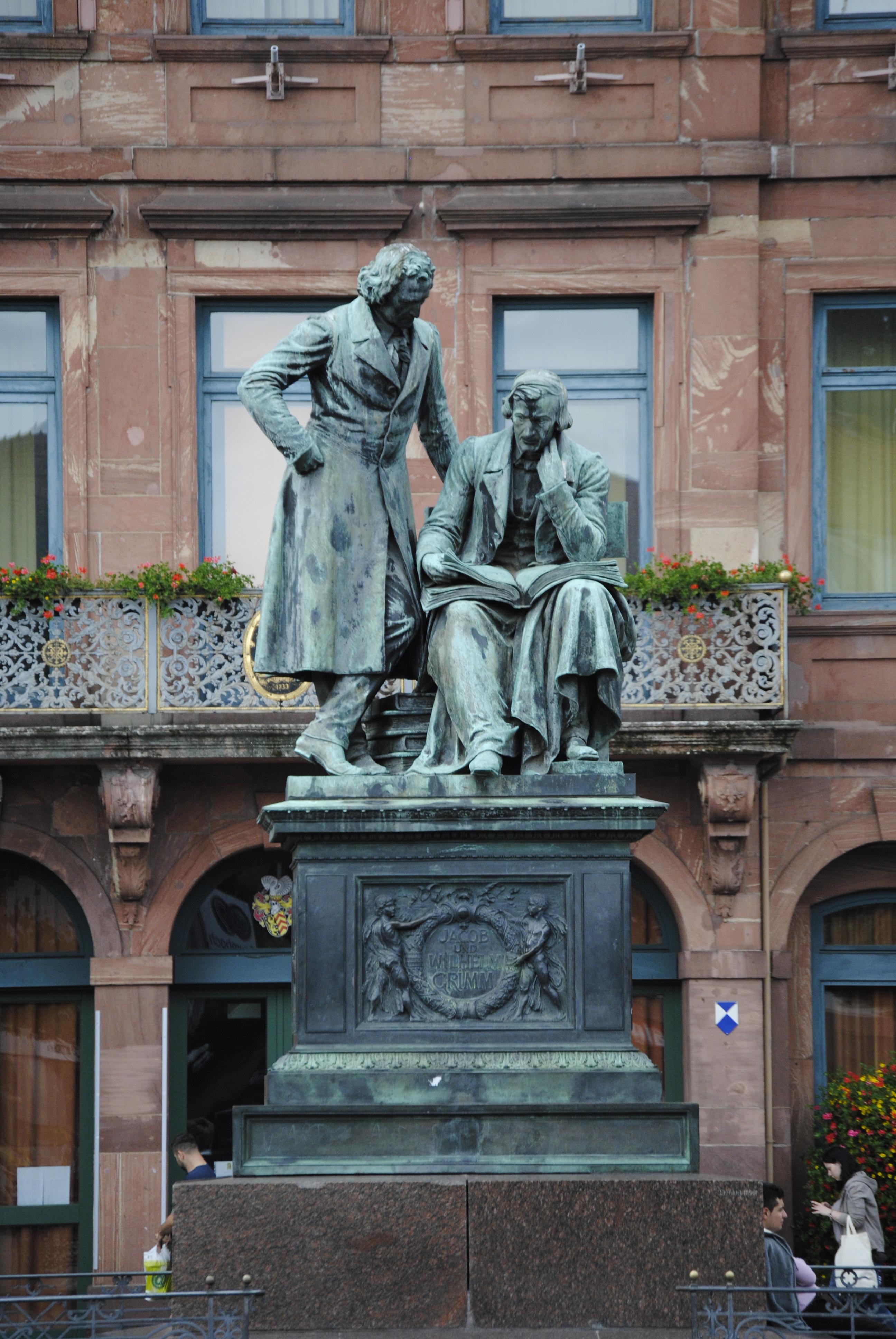 Brüder-Grimm-Nationaldenkmal