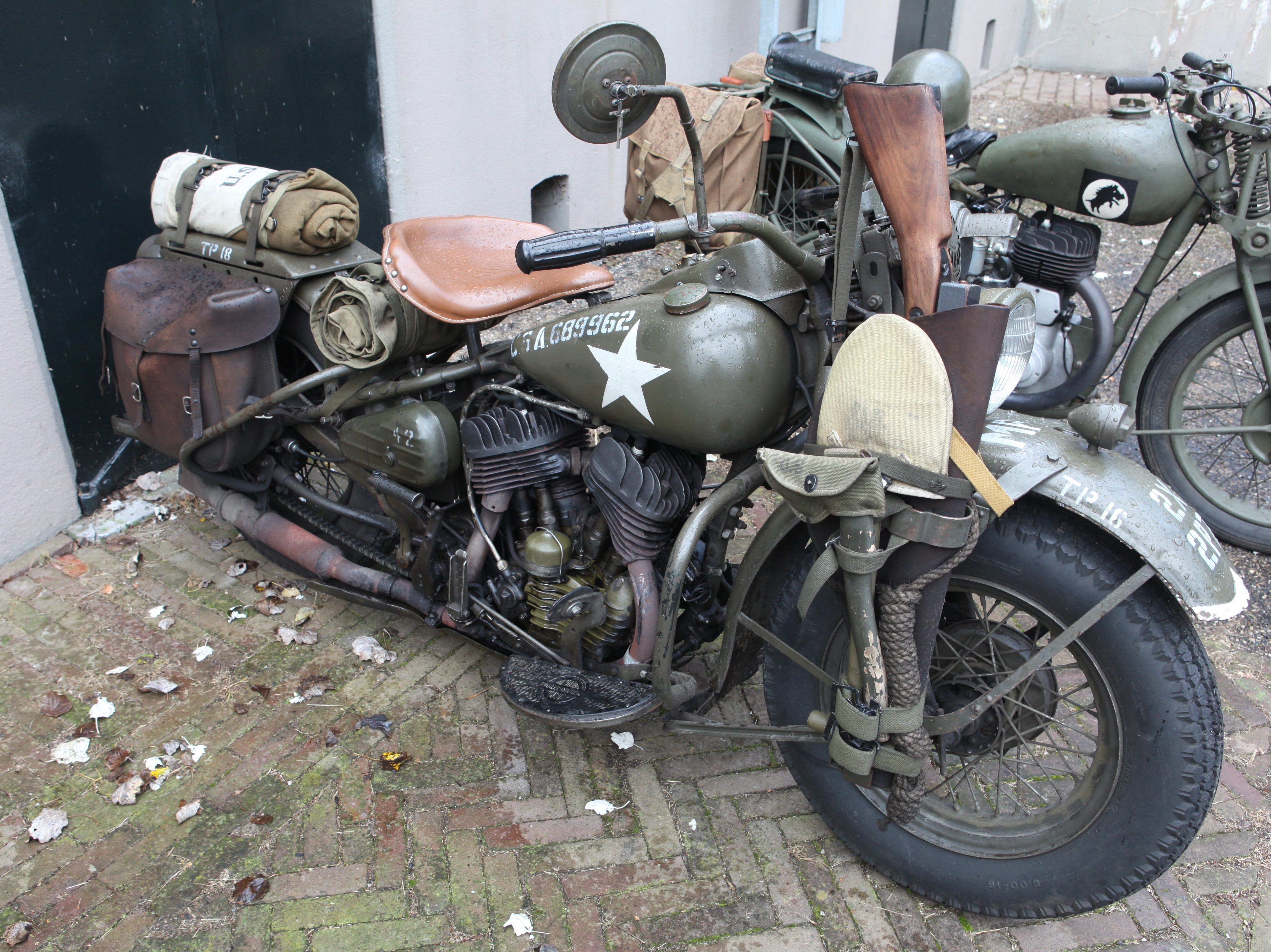File:Harley Davidson WLA 45.jpg - Wikimedia Commons