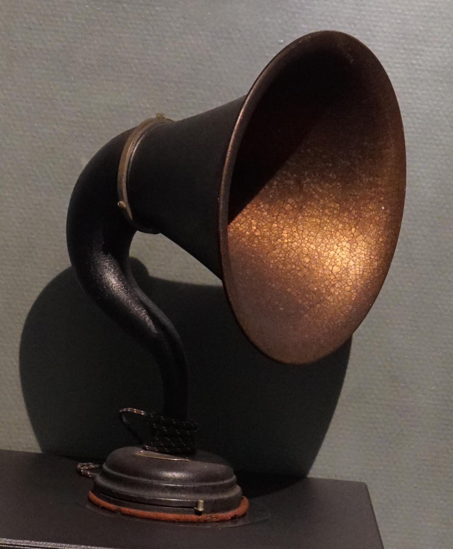 Type De Haut Parleur file:haut parleur thomson houston type b 1008063